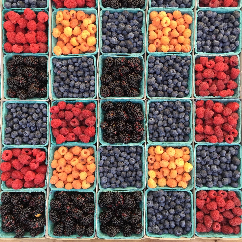 картинка ягоды в коробках