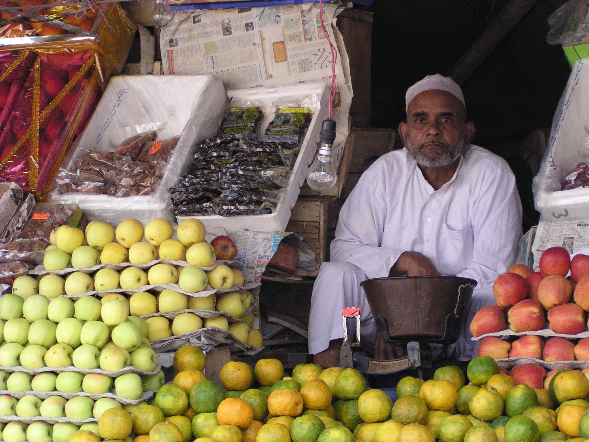 Free Images : fruit, city, vendor, produce, market