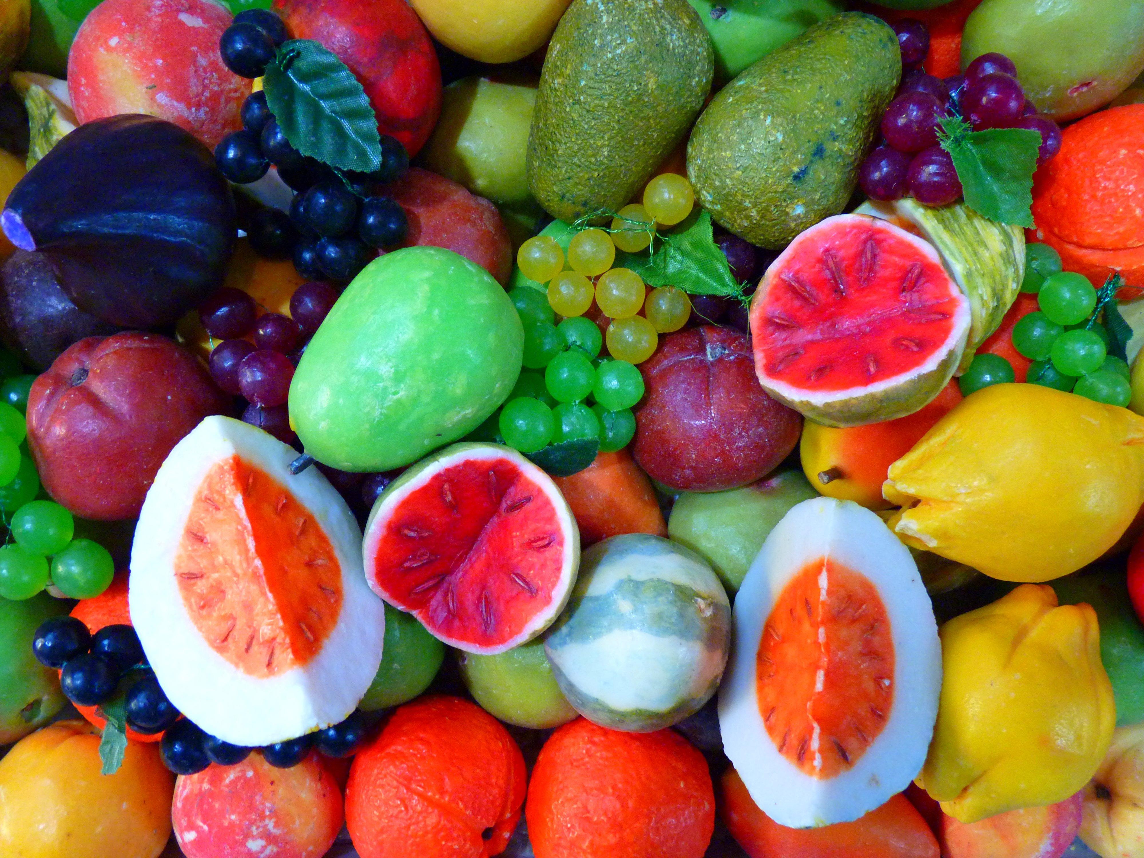 Картинка нового фрукта встречаются