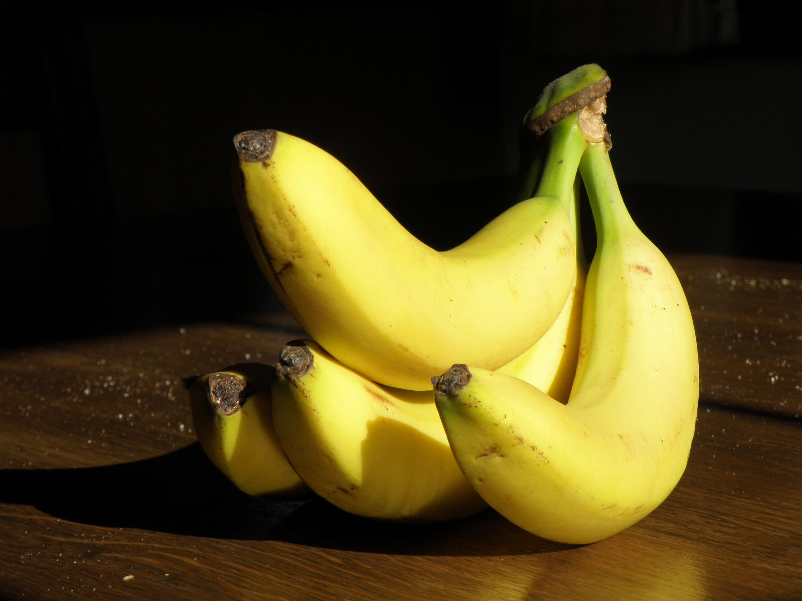 этом картинки банана и часовая это