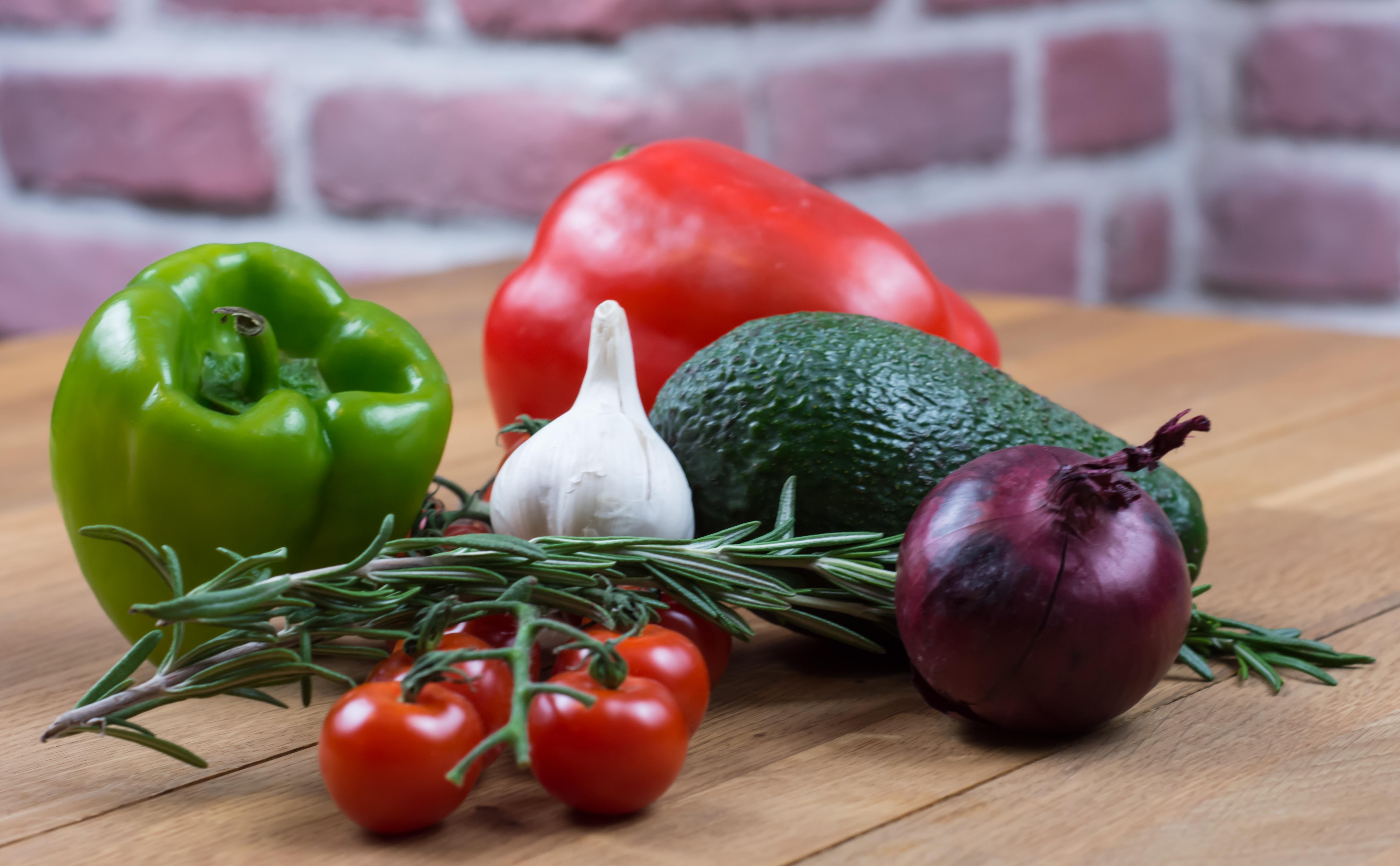 Kiraz Dünyası: yardımcı yemekler