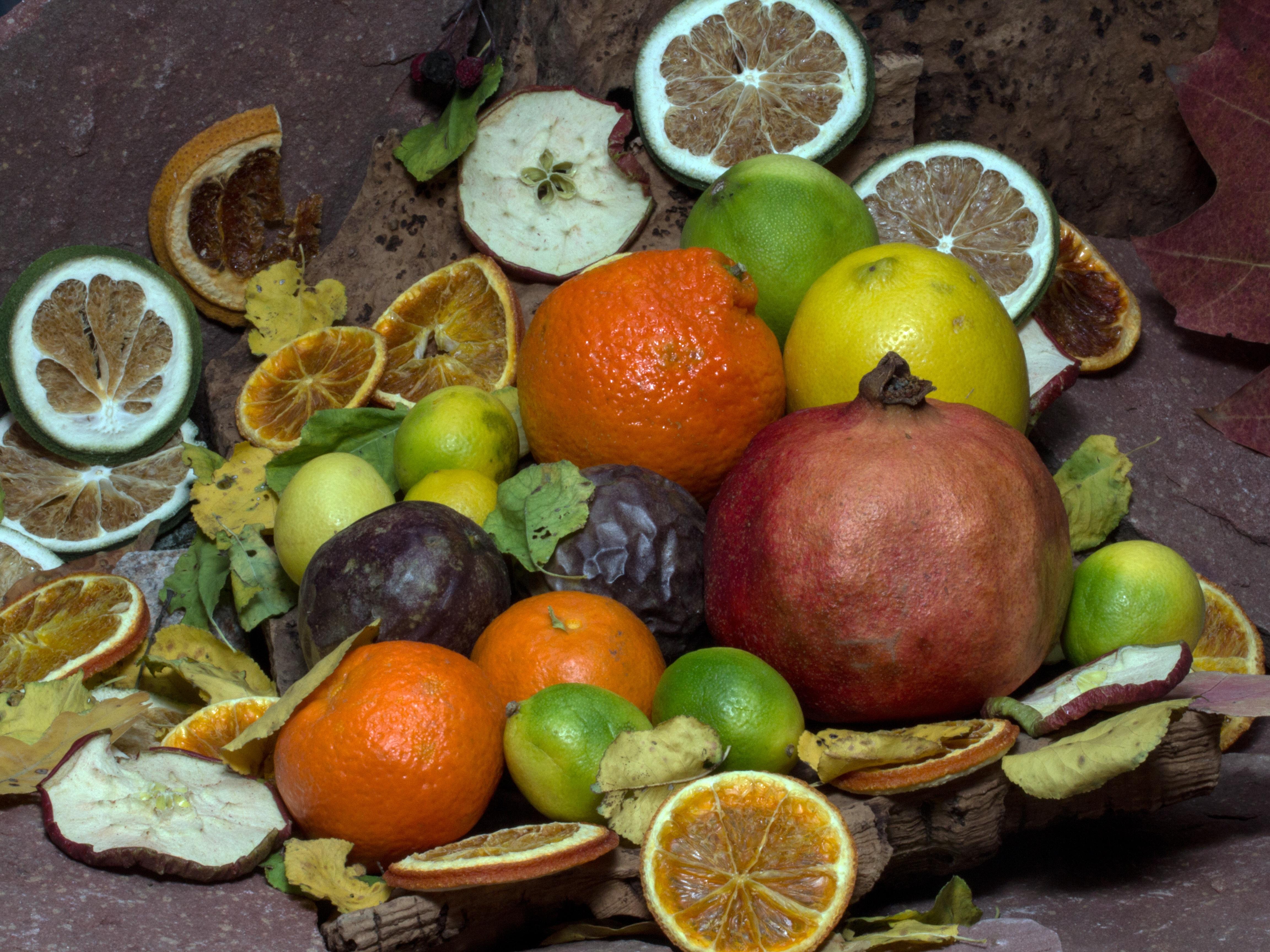 Fotoğraf Meyve Gıda üretmek Boyama Nar Meyveler Tutku