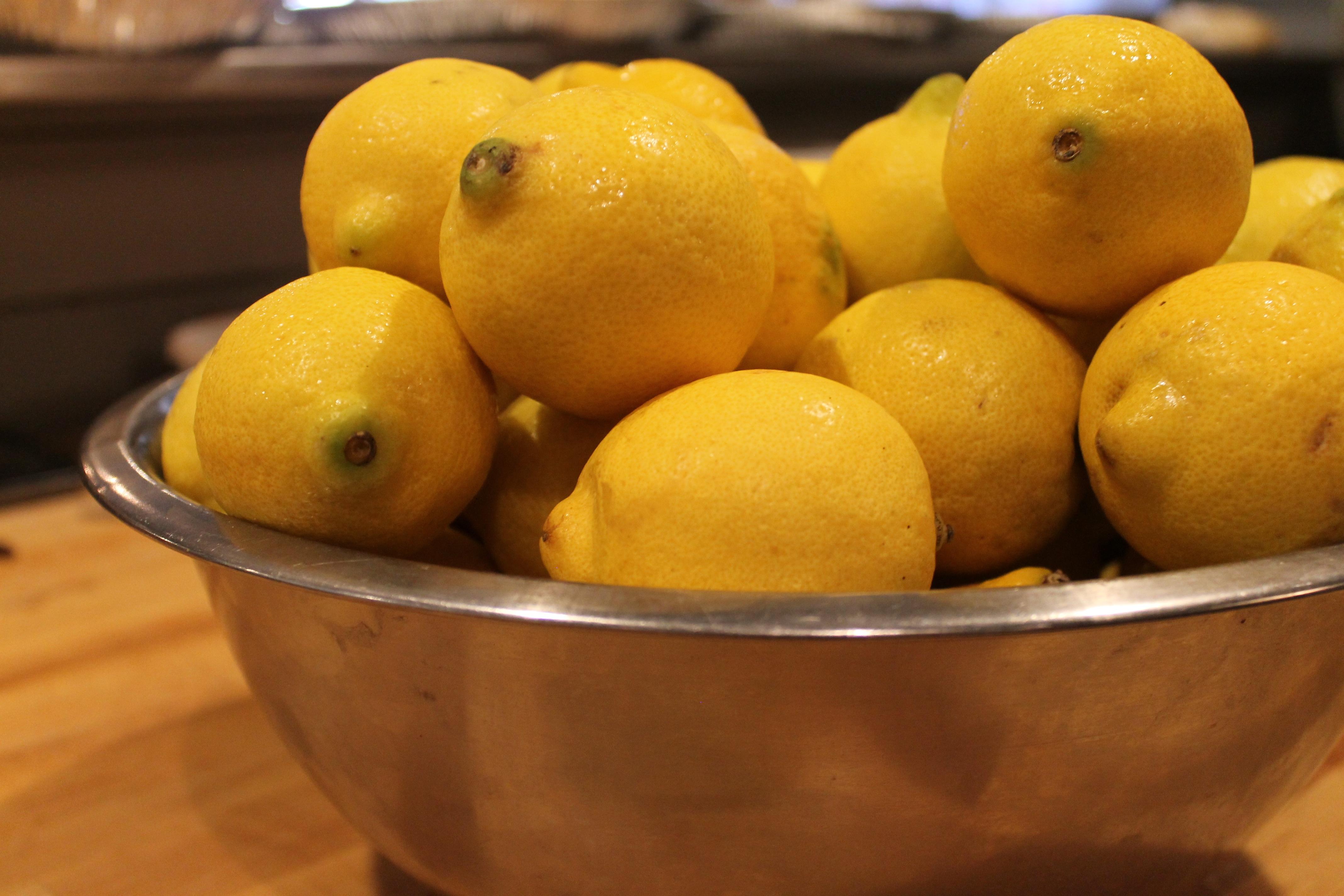 числу общественность картинка с лимончиками критики высокой моды