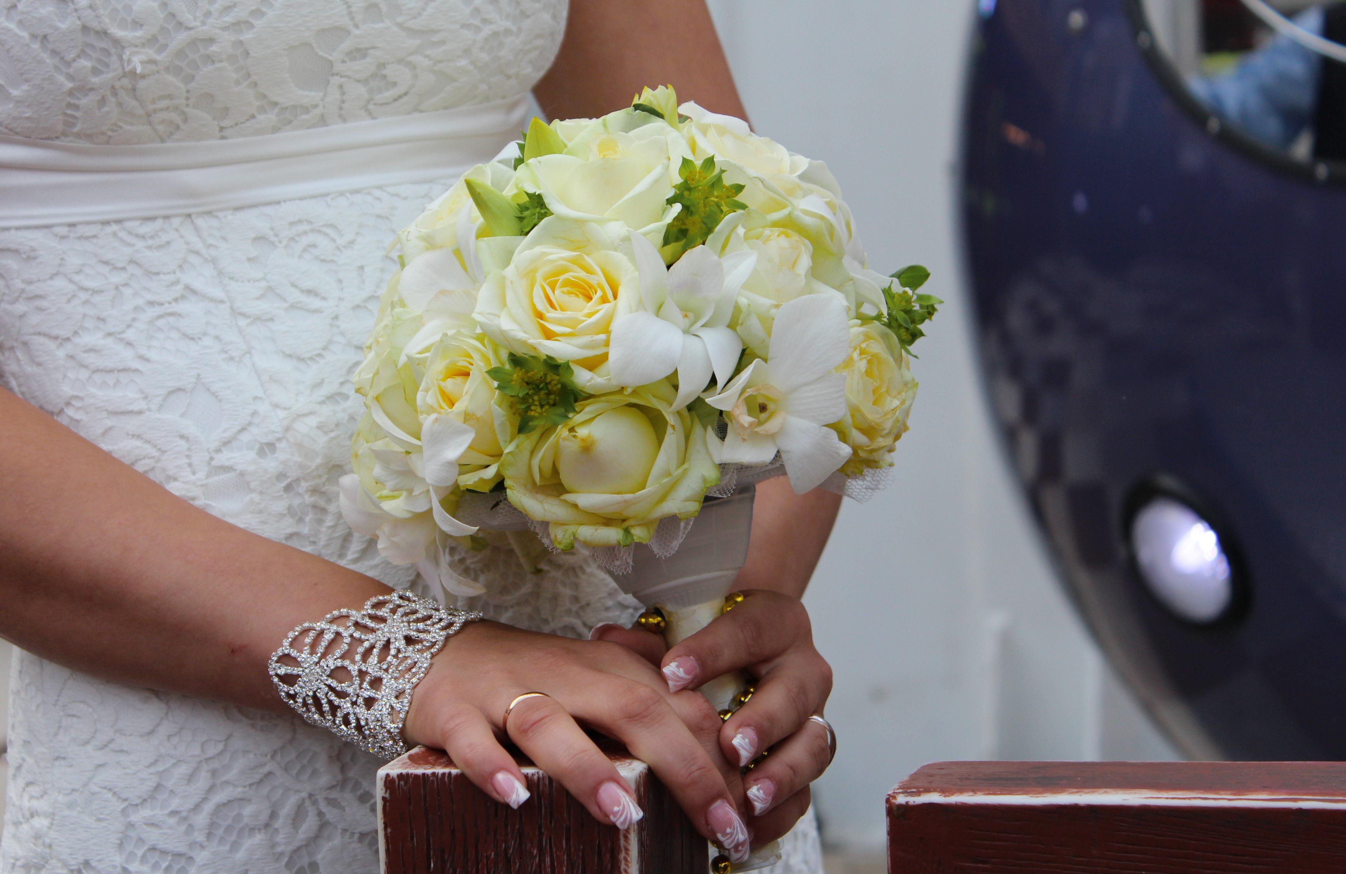 Poze Plantă Fată Femeie Inel Floare Vacanţă Galben Nuntă