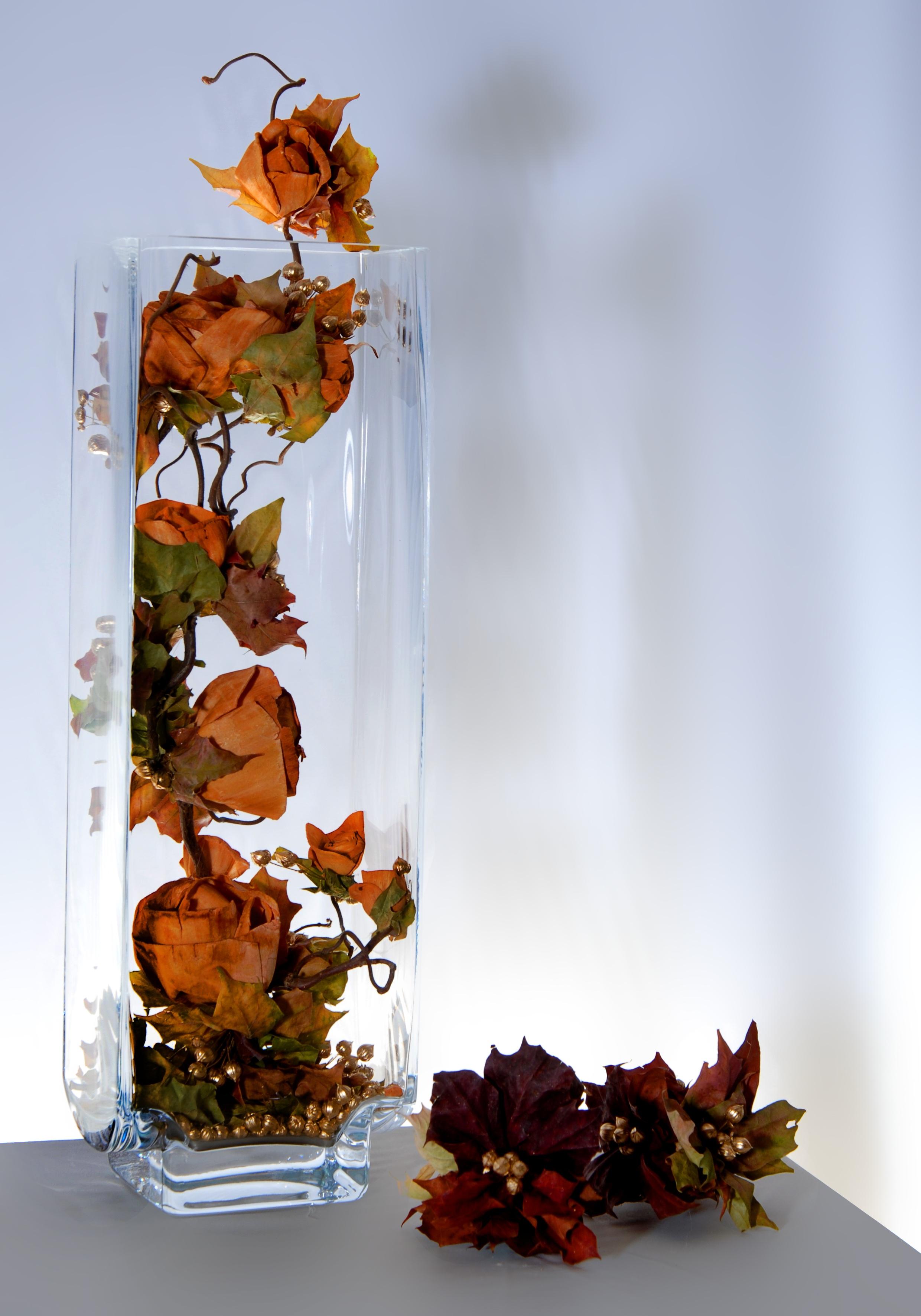 Composition florale avec feuilles d 39 automne - Composition florale automne ...