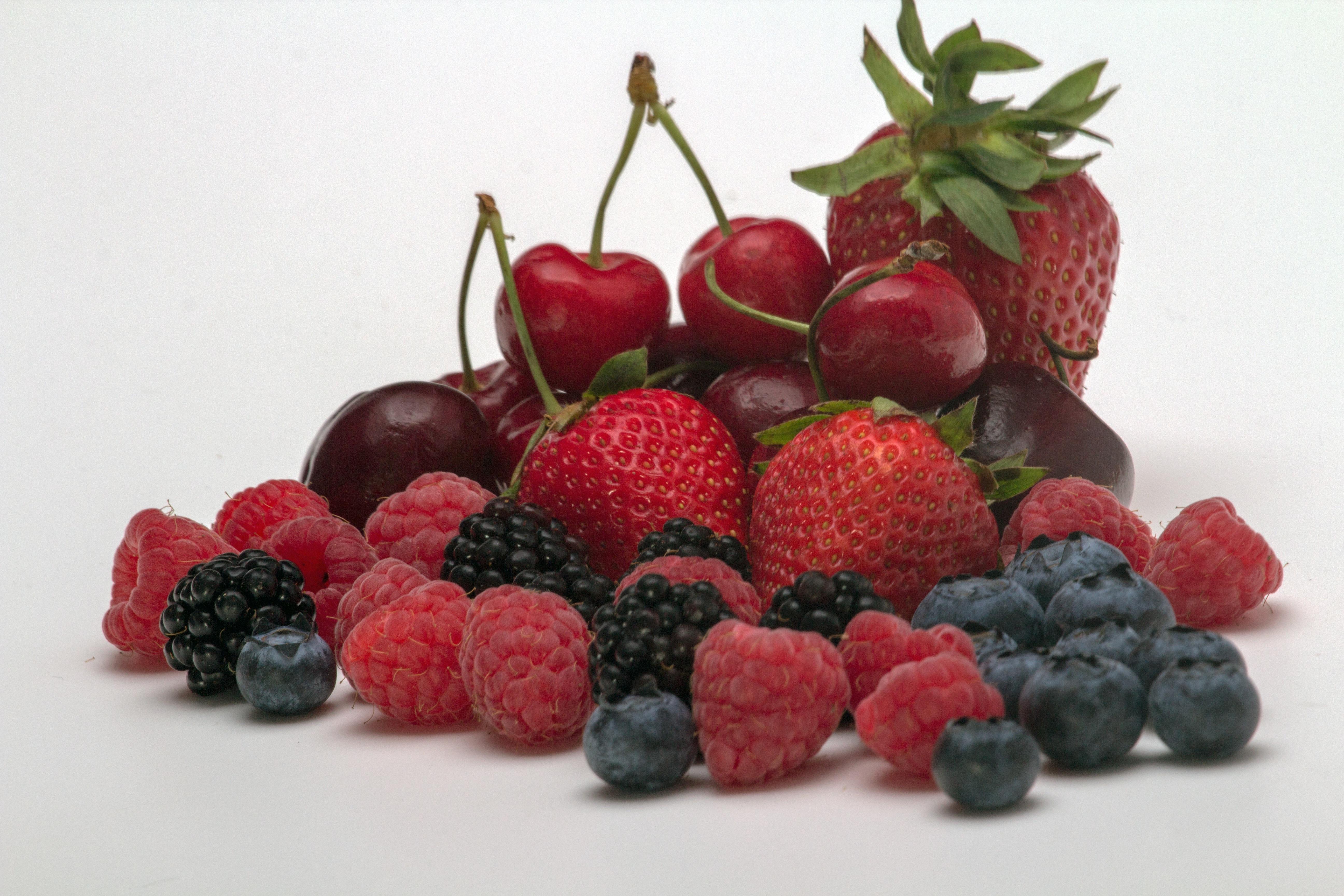 картинки фрукты и ягоды и леди дома