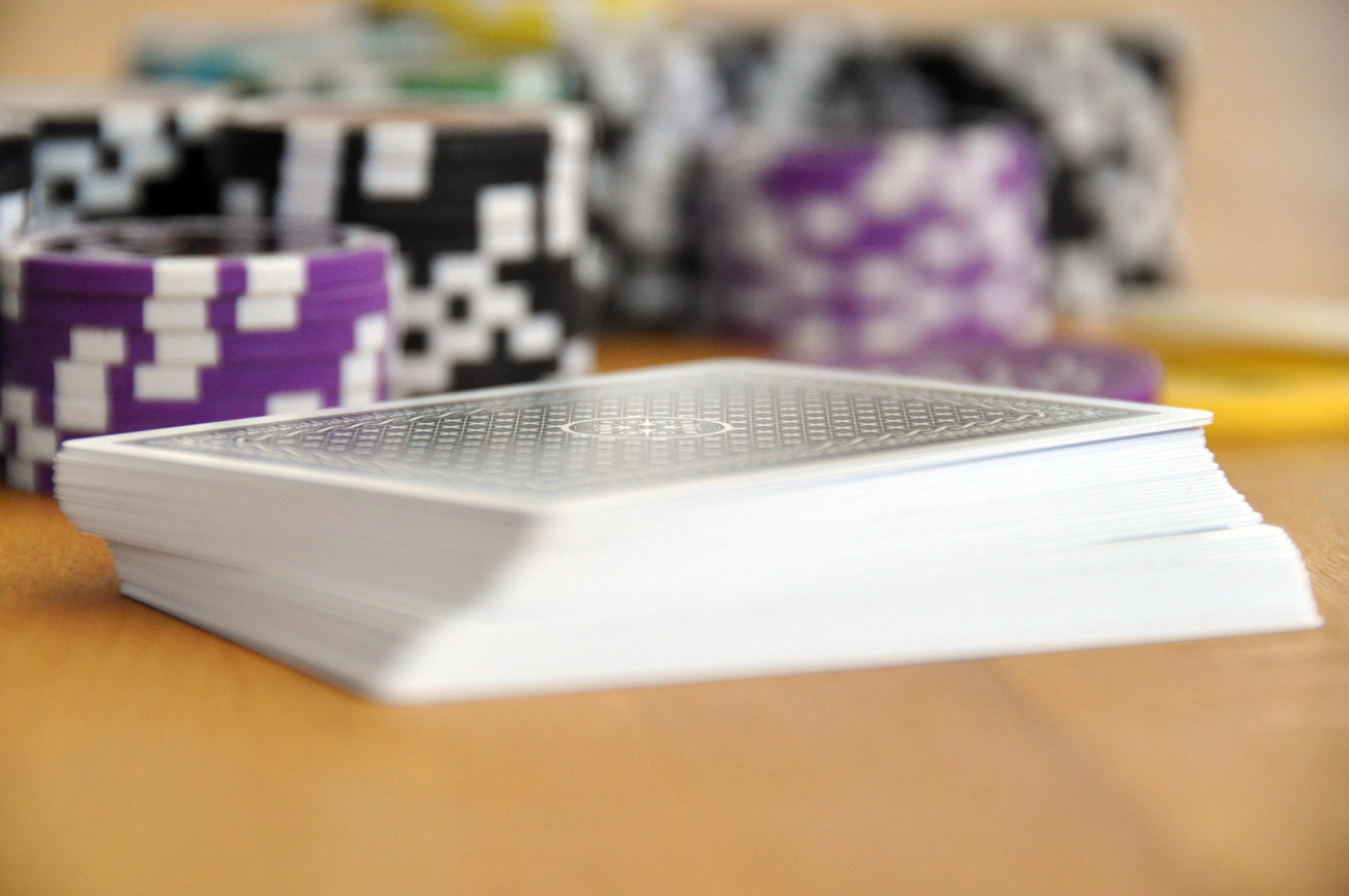 играть Бренд карты казино Азартные игры Чипсы Покер карточная игра Фишки для покера