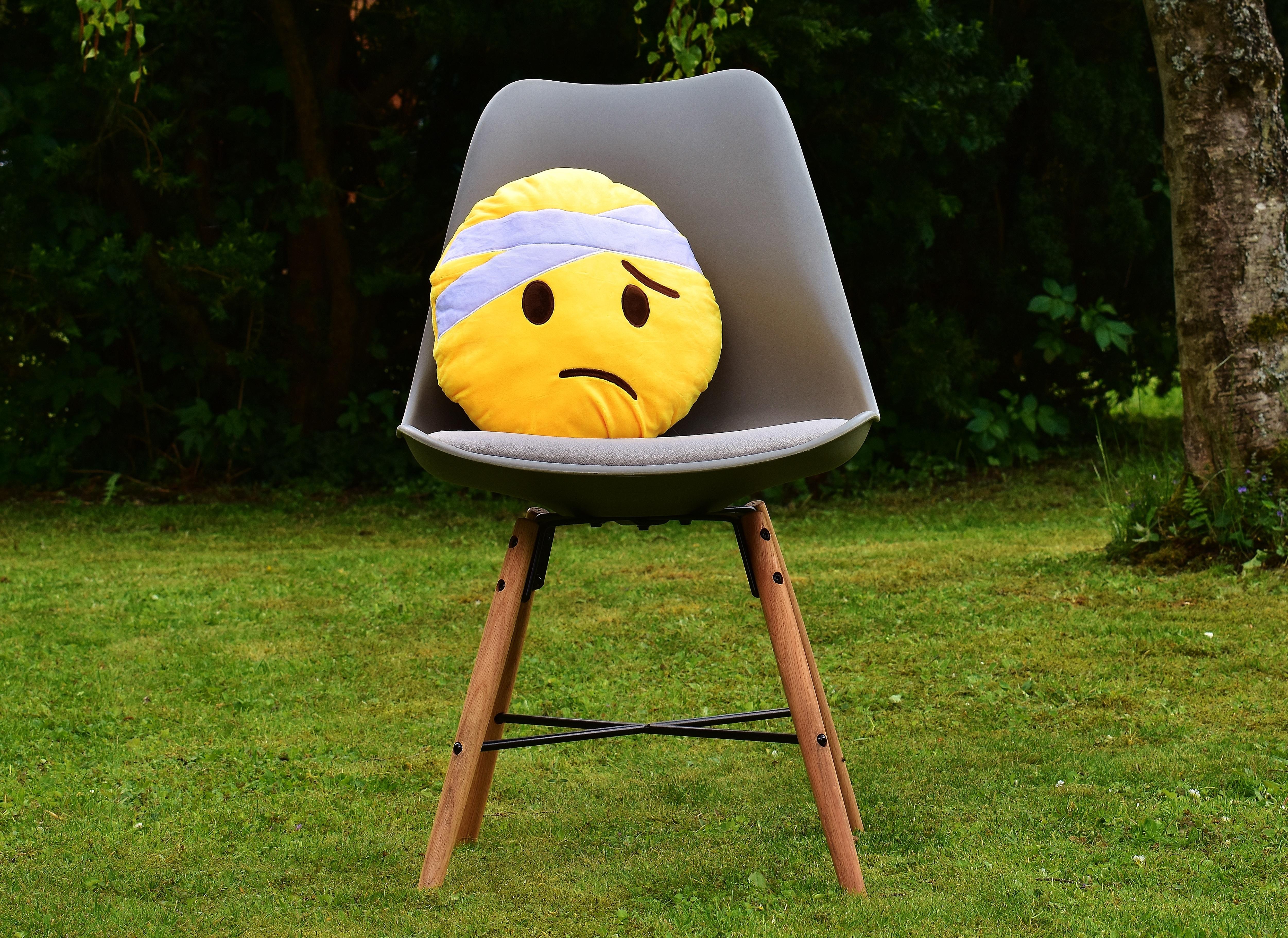Kostenlose foto : spielen, Sessel, niedlich, Grün, Möbel, Gelb ...