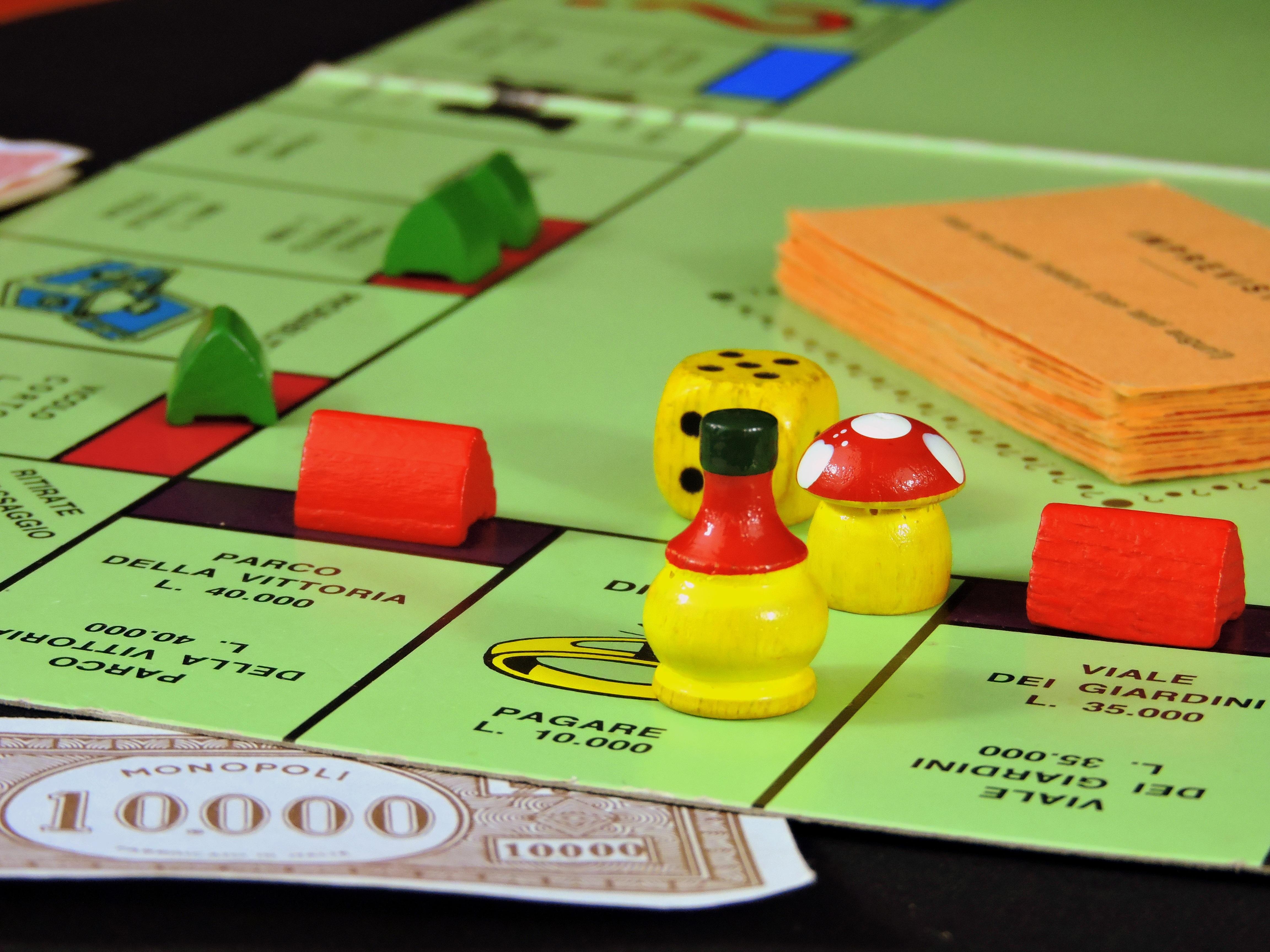 настольные игры на деньги дома