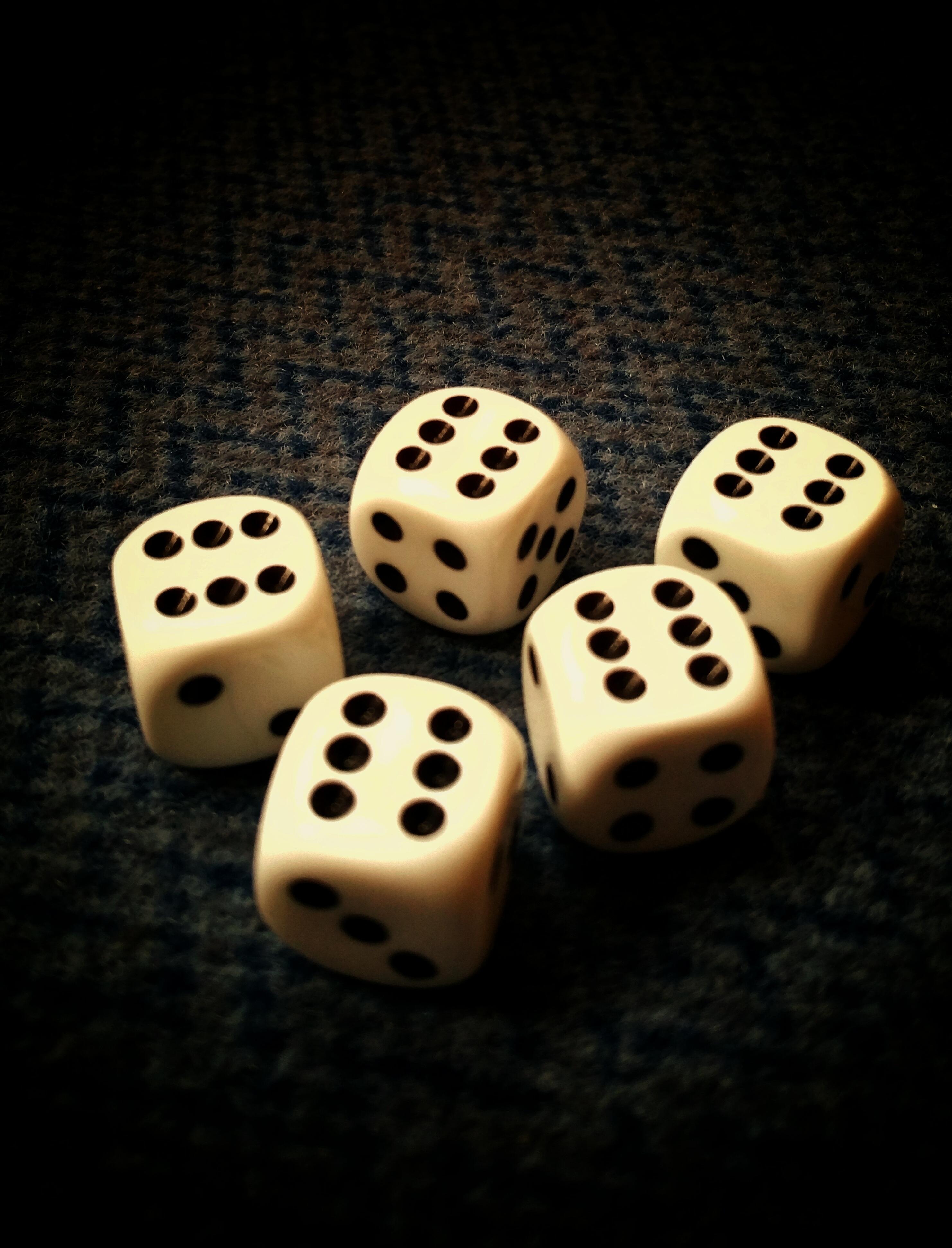Würfelspiel Mit 5 Würfeln