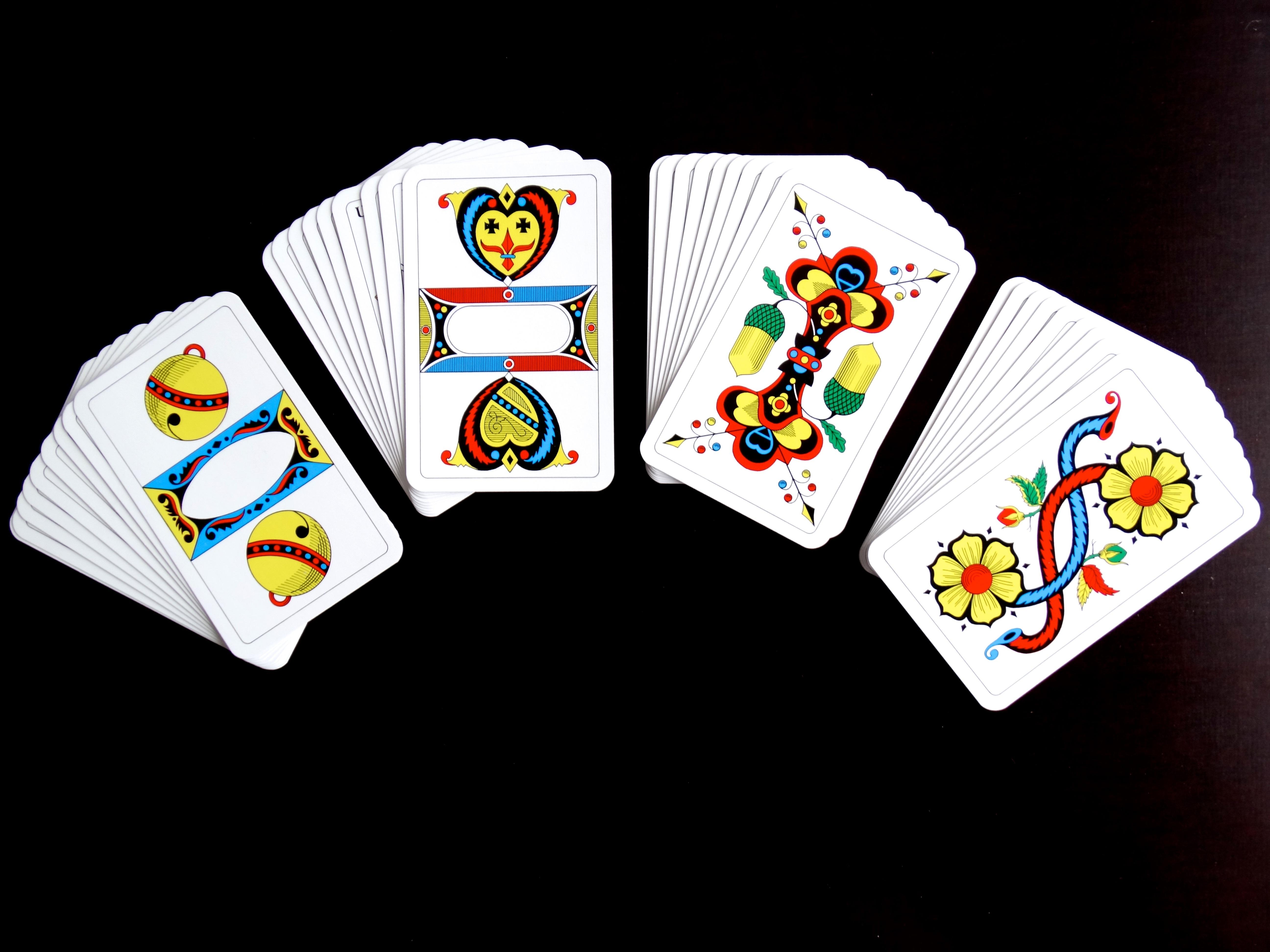 Играть в азартные игры бесплатно карты интернет казино покер