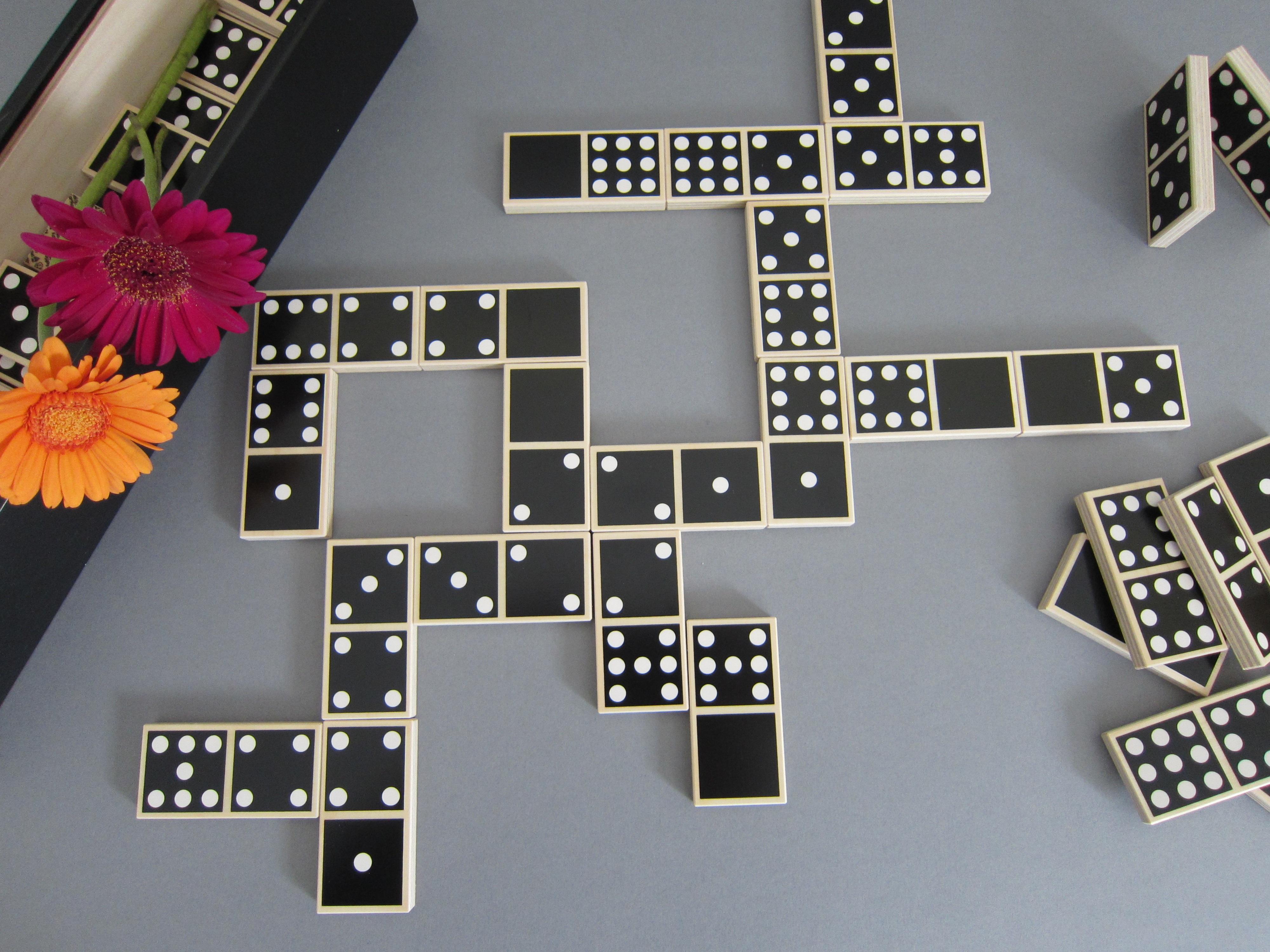 игры домино играть в карты бесплатно