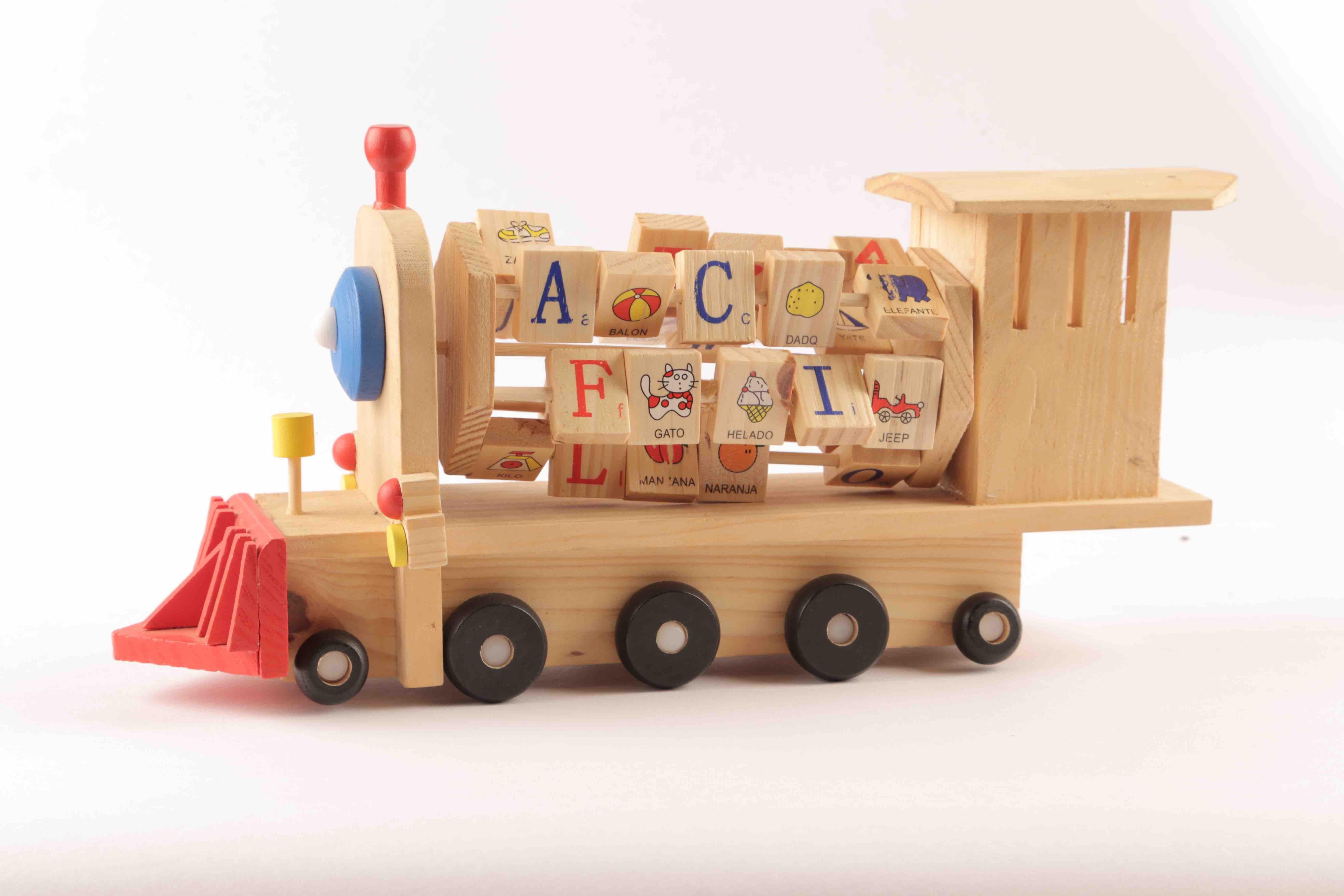 Fotos gratis jugar tren veh culo mueble juguete for Mueble juguetes