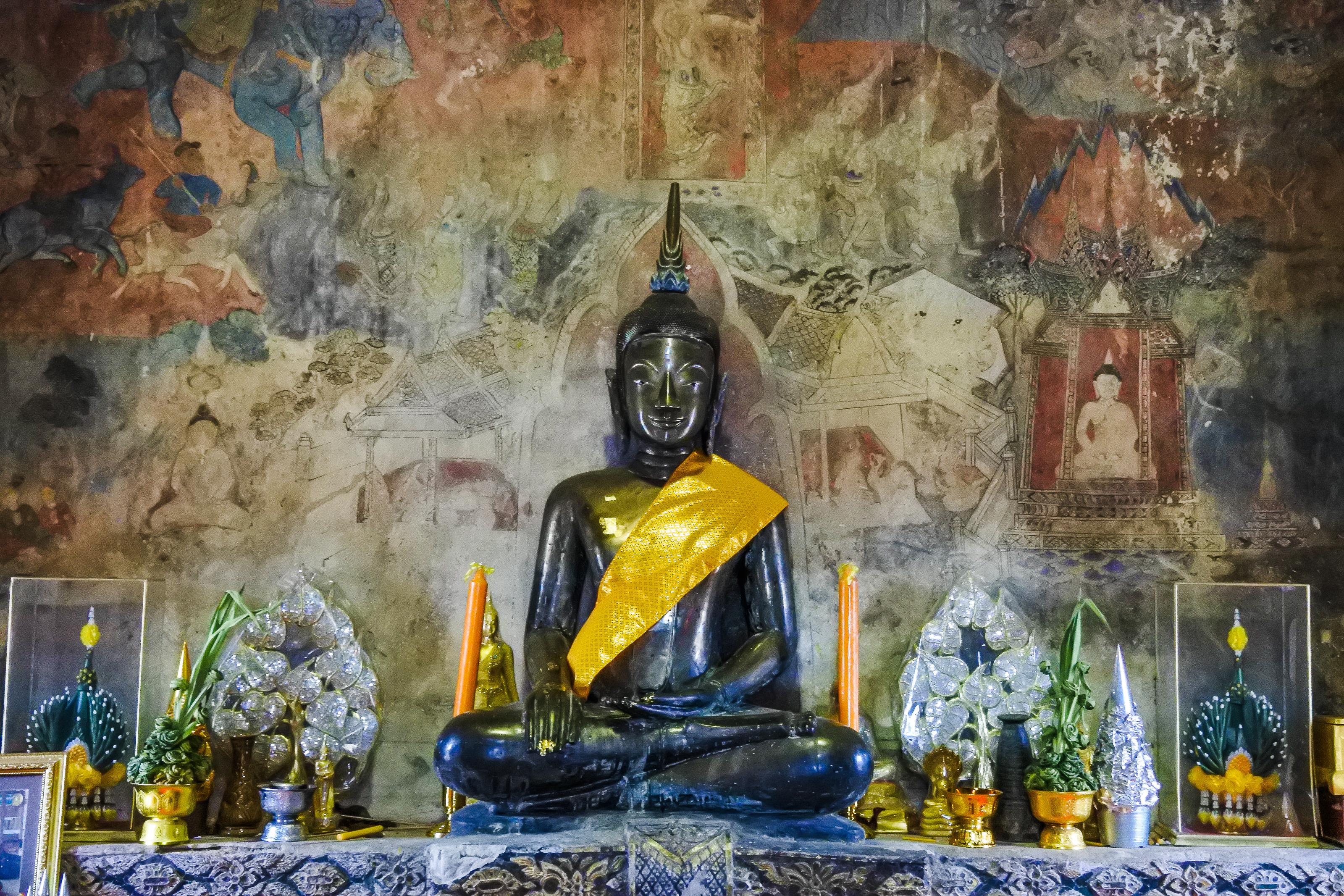 Décoration Salle De Méditation images gratuites : étang, art, texture, salle, historique