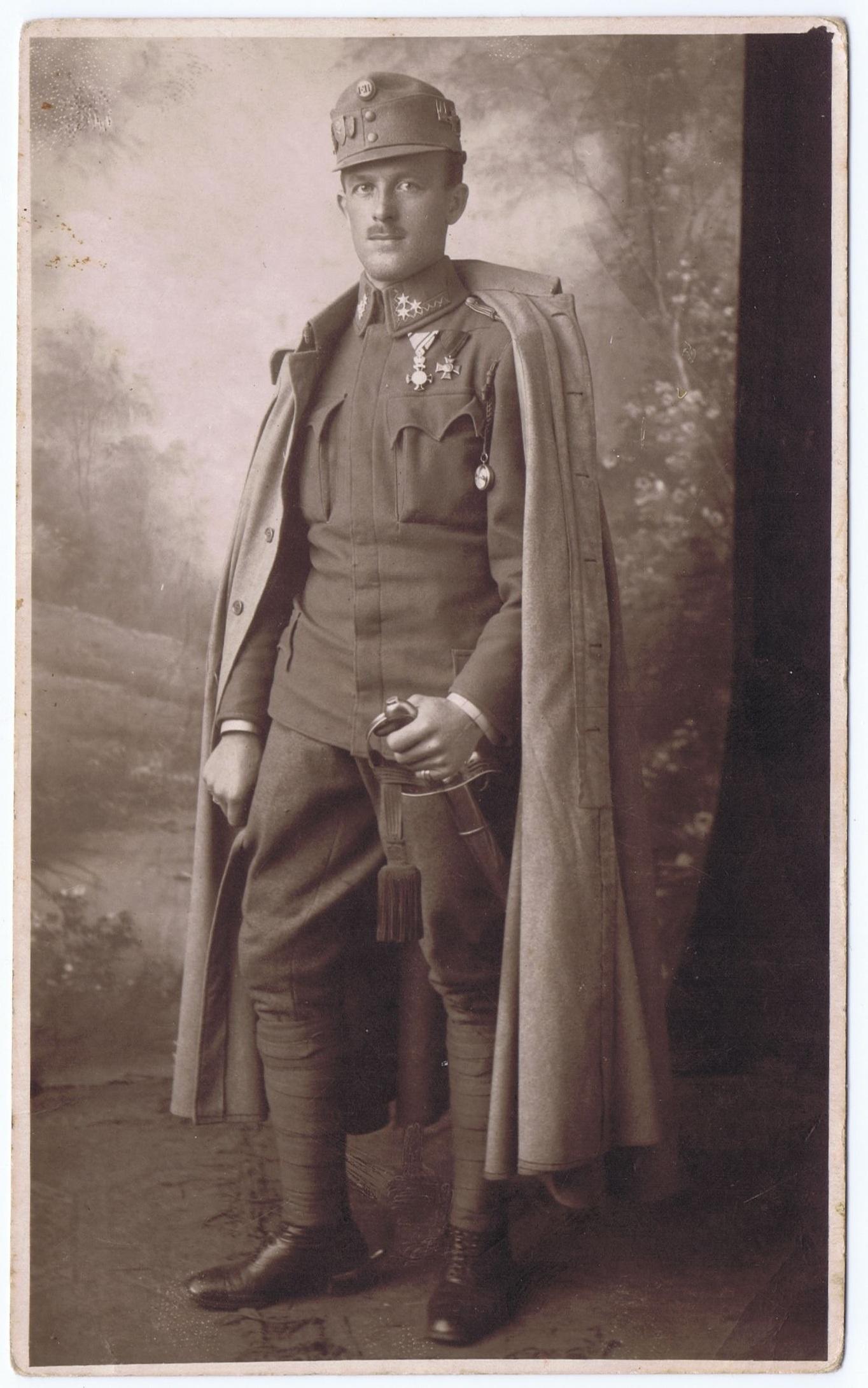 Gambar Potret Tentara Pakaian Lukisan Pria Sketsa