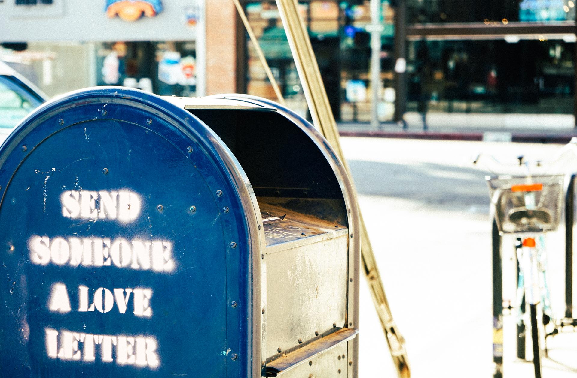 post street travel transport vehicle letter color