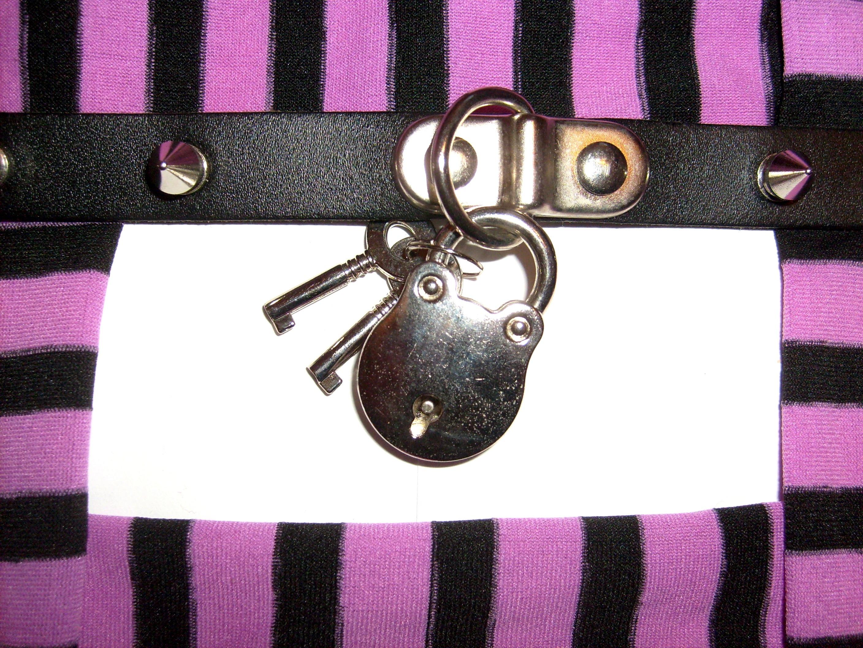 Fotos gratis : púrpura, patrón, marco, rosado, bolso, a rayas ...