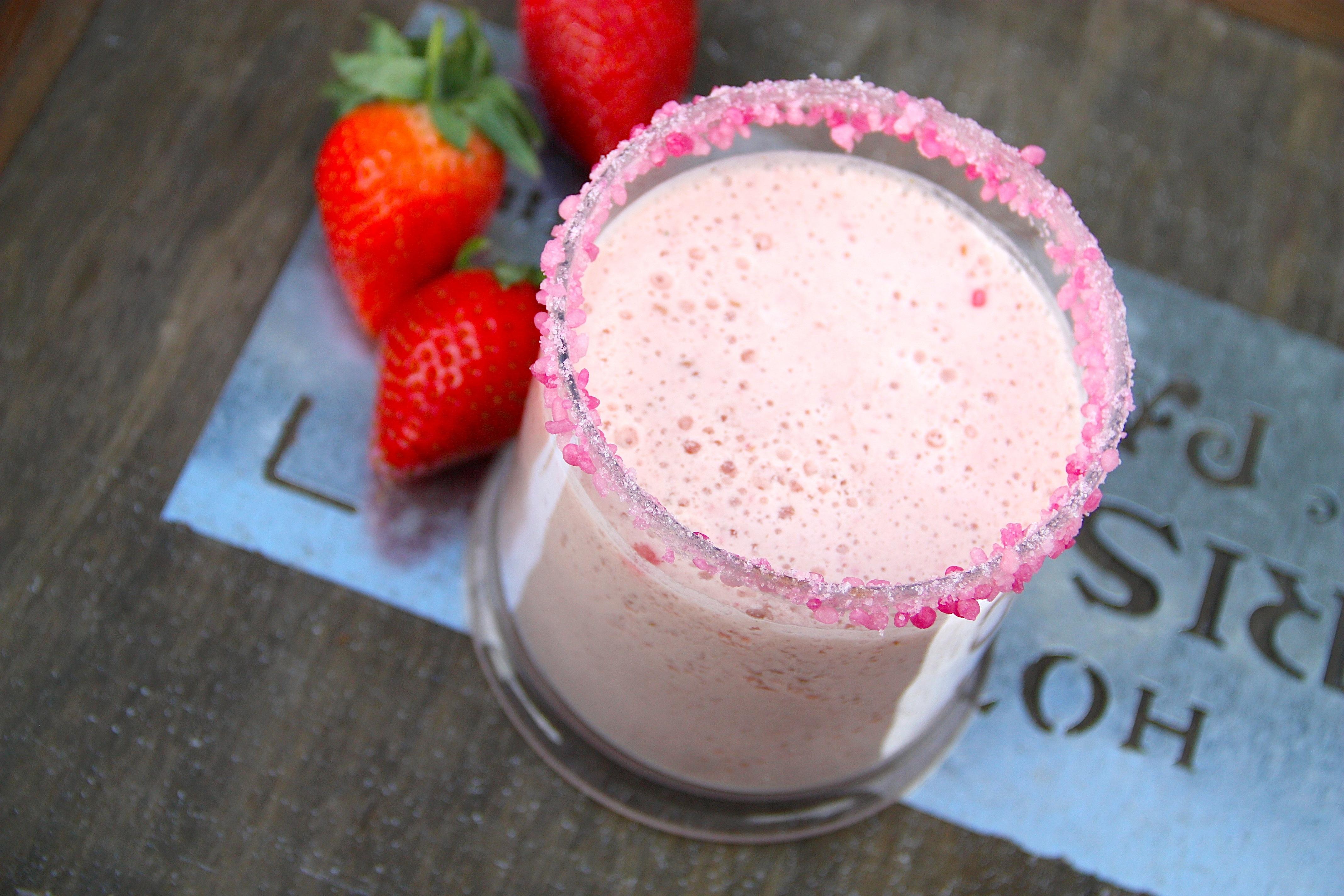 Как сделать молочный коктейль из малины 125