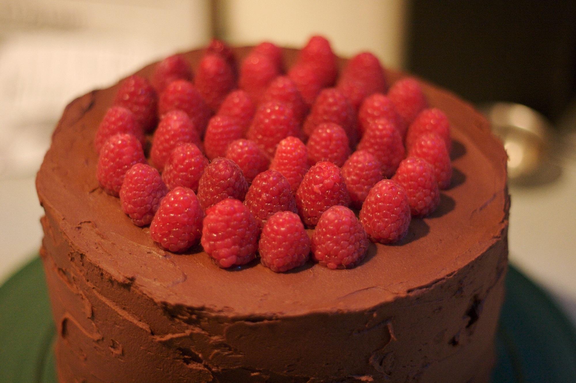 Торт с малиной картинки