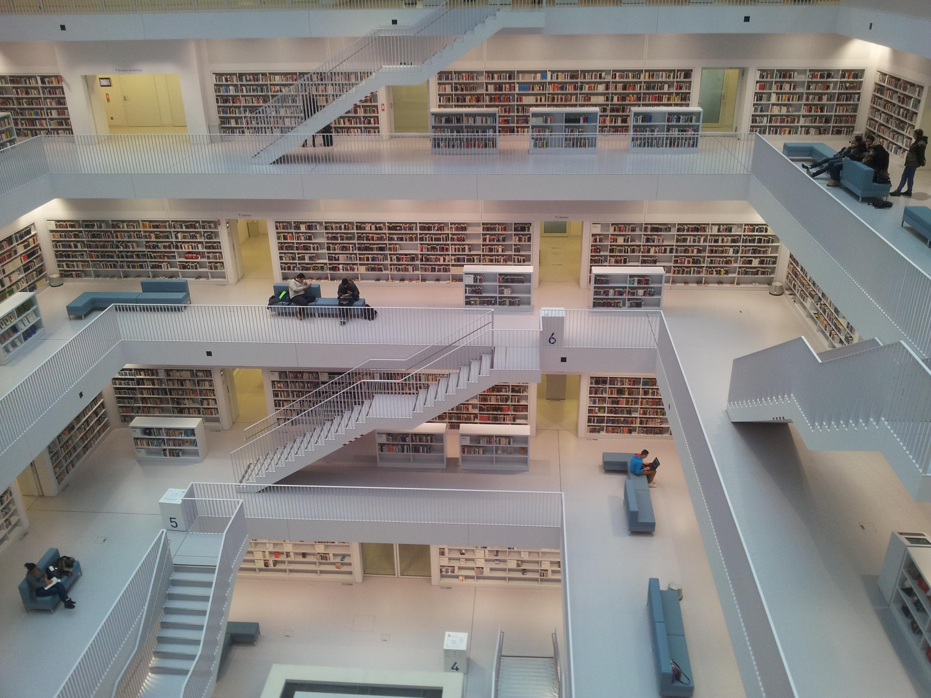 Fotos gratis leer arquitectura edificio ciudad for Estudiar diseno de interiores online gratis