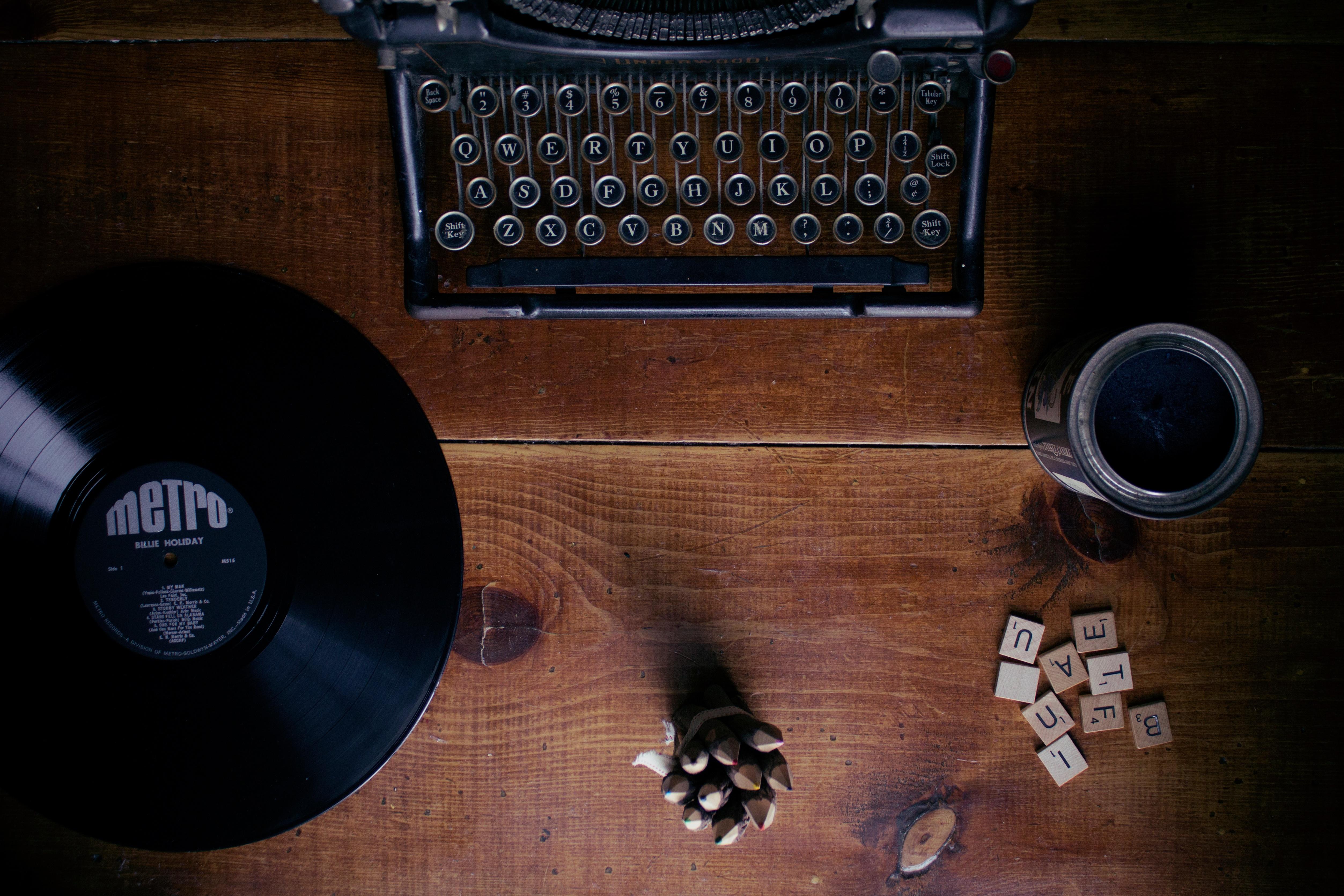 Скачать звук печатной машинки бесплатно