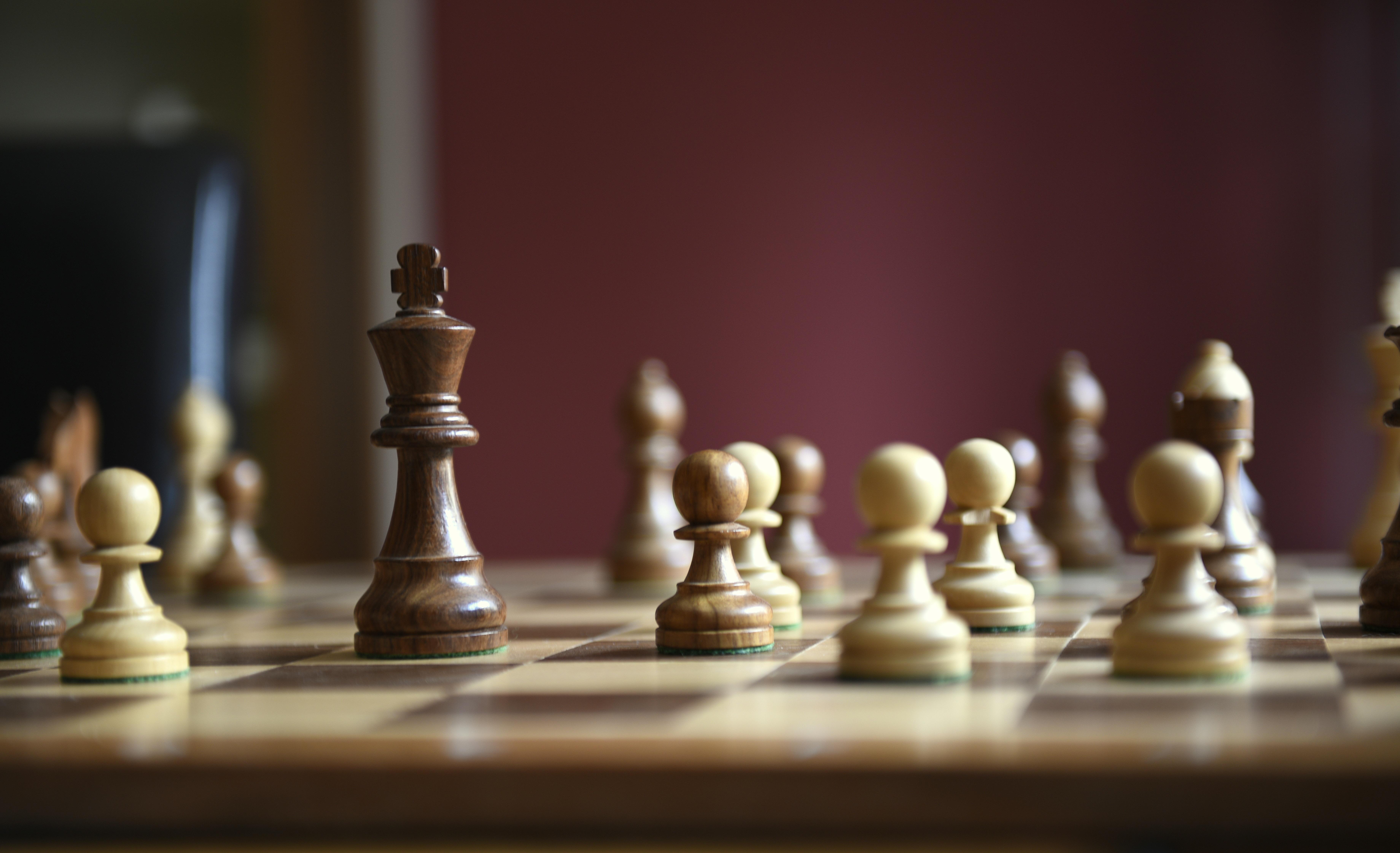 Højmoderne Gratis billeder : rekreation, dame, brætspil, konge, skak GH-72