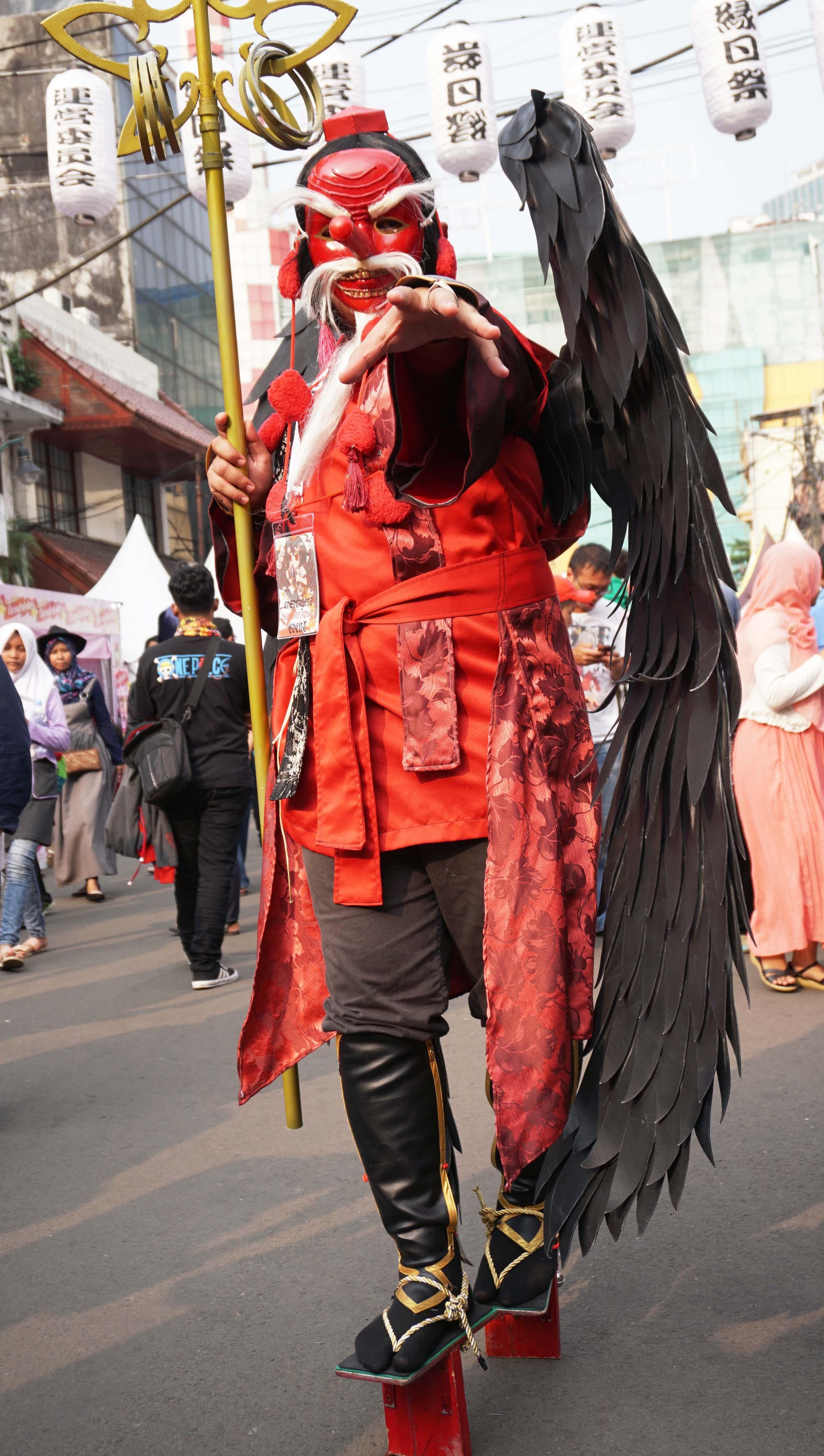 Gambar Merah Karnaval Pakaian Jepang Performance Art Cosplay