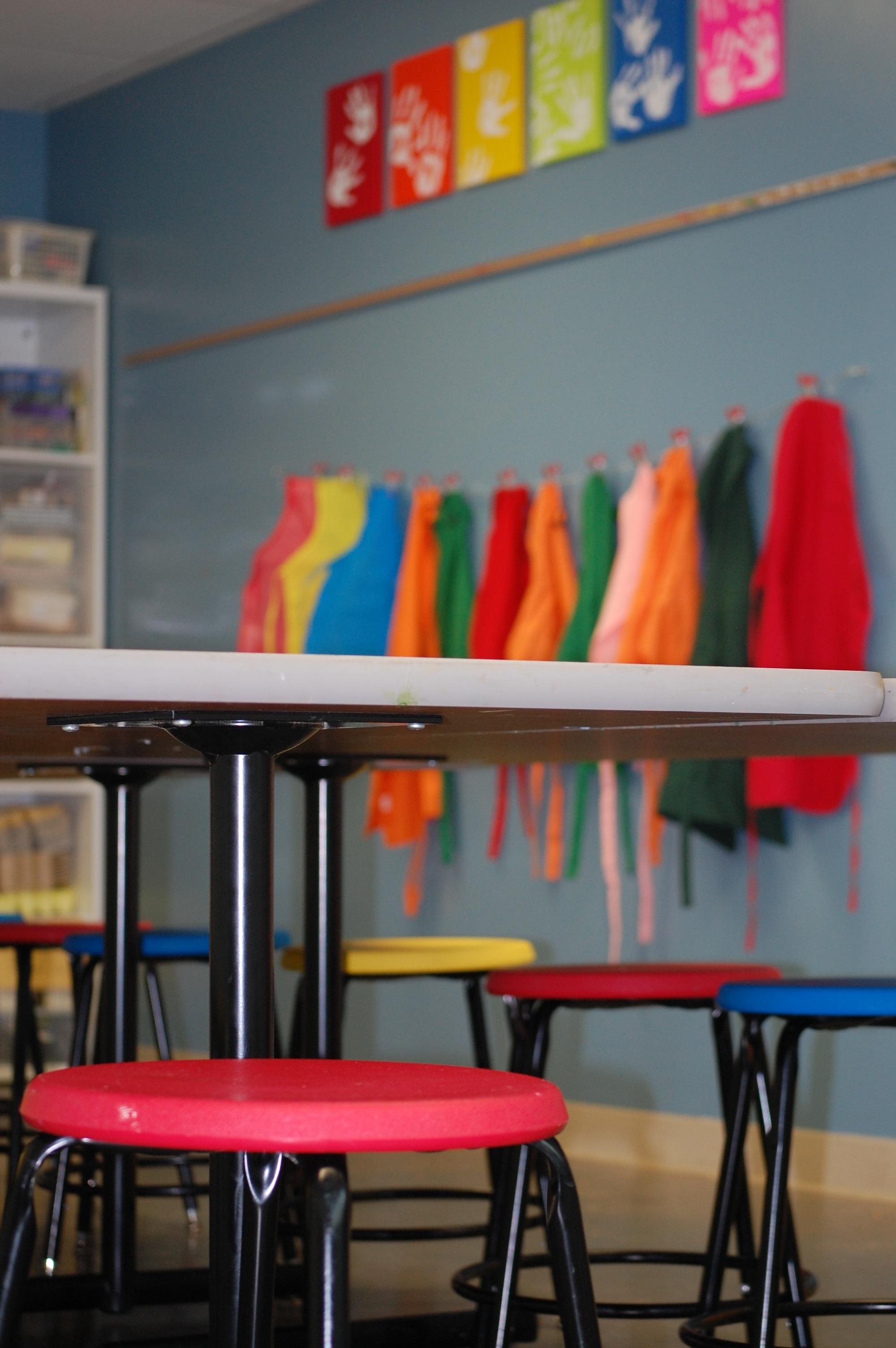Gambar Merah Warna Mebel Kamar Warna Warni Kelas Desain
