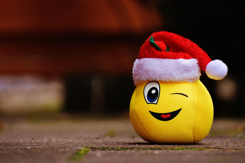 Kartinki Krasnyj Cvet Ryzhih Rozhdestvo Smeh Shlyapa Santa