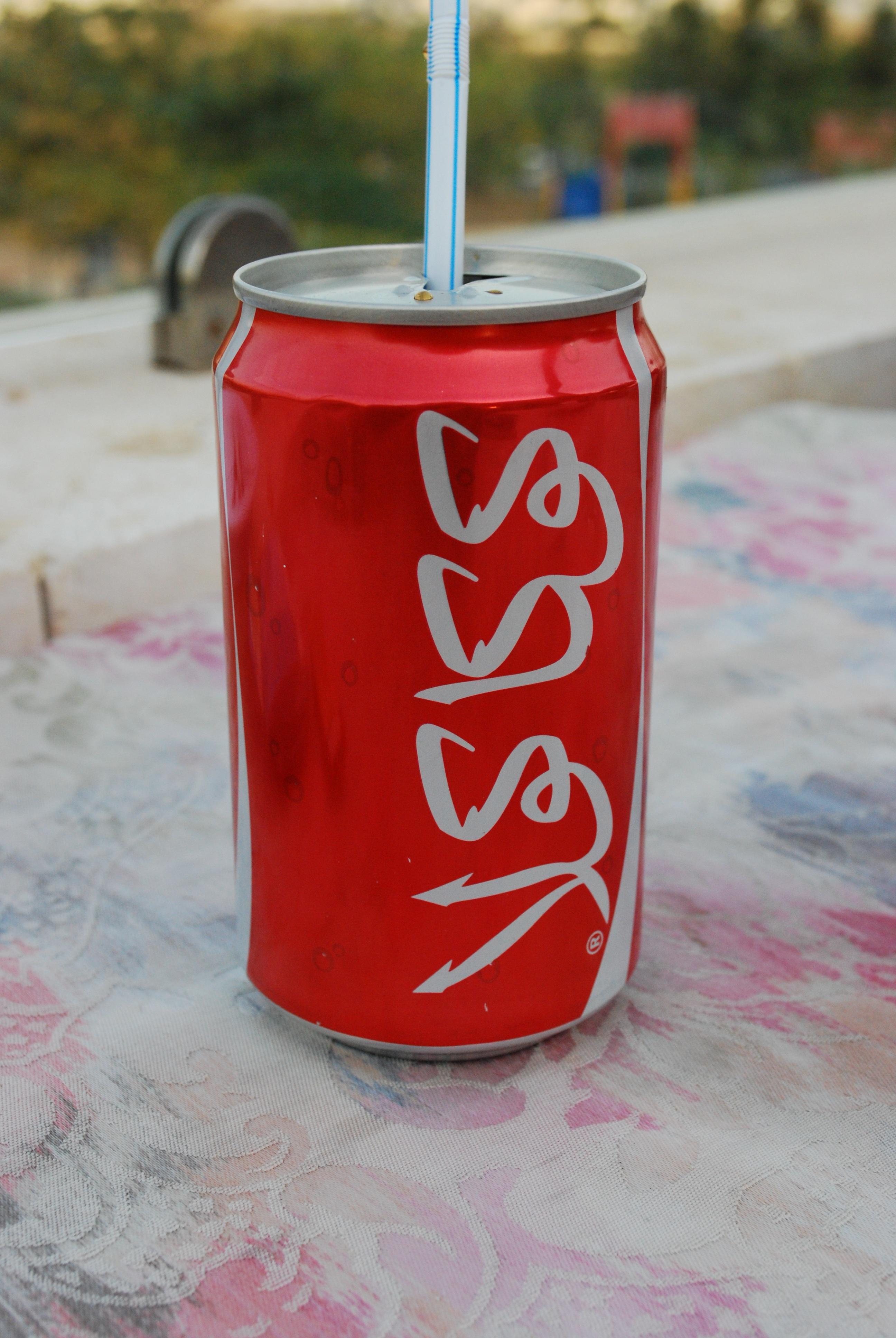 167604dc röd Semester dryck rosa Coca Cola jordanien cola likör trivial läsk  kolsyrade läskedrycker