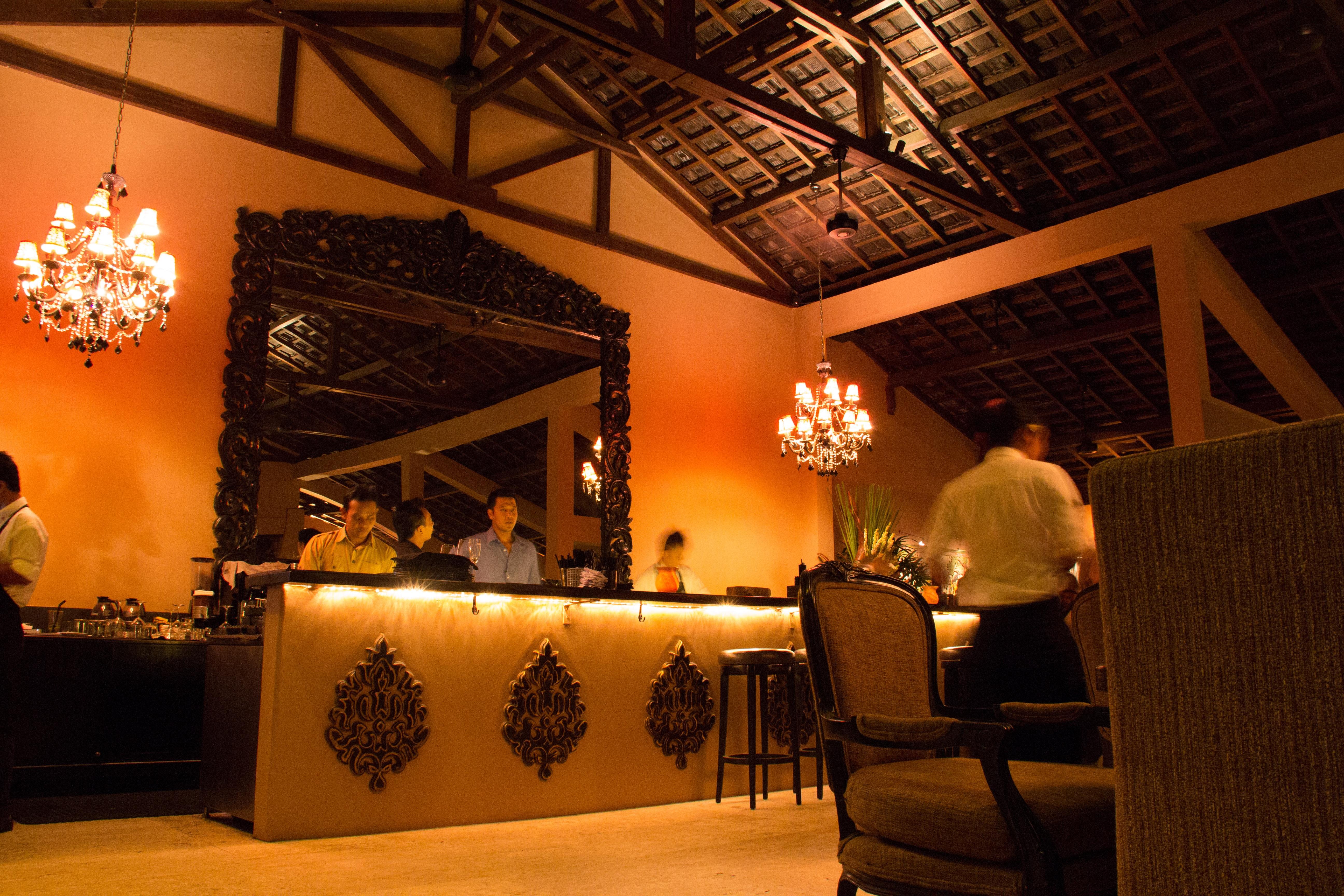 Fotos gratis : restaurante, celebracion, noche, cocina, iluminación ...