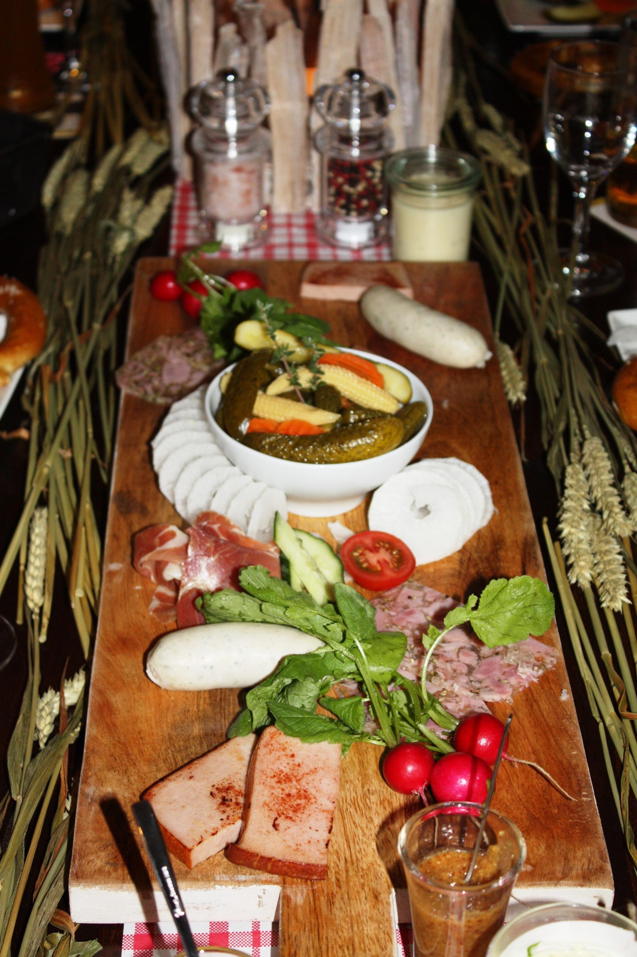 Restaurant Weihnachtsessen.Kostenlose Foto Restaurant Gericht Mahlzeit Lebensmittel Essen