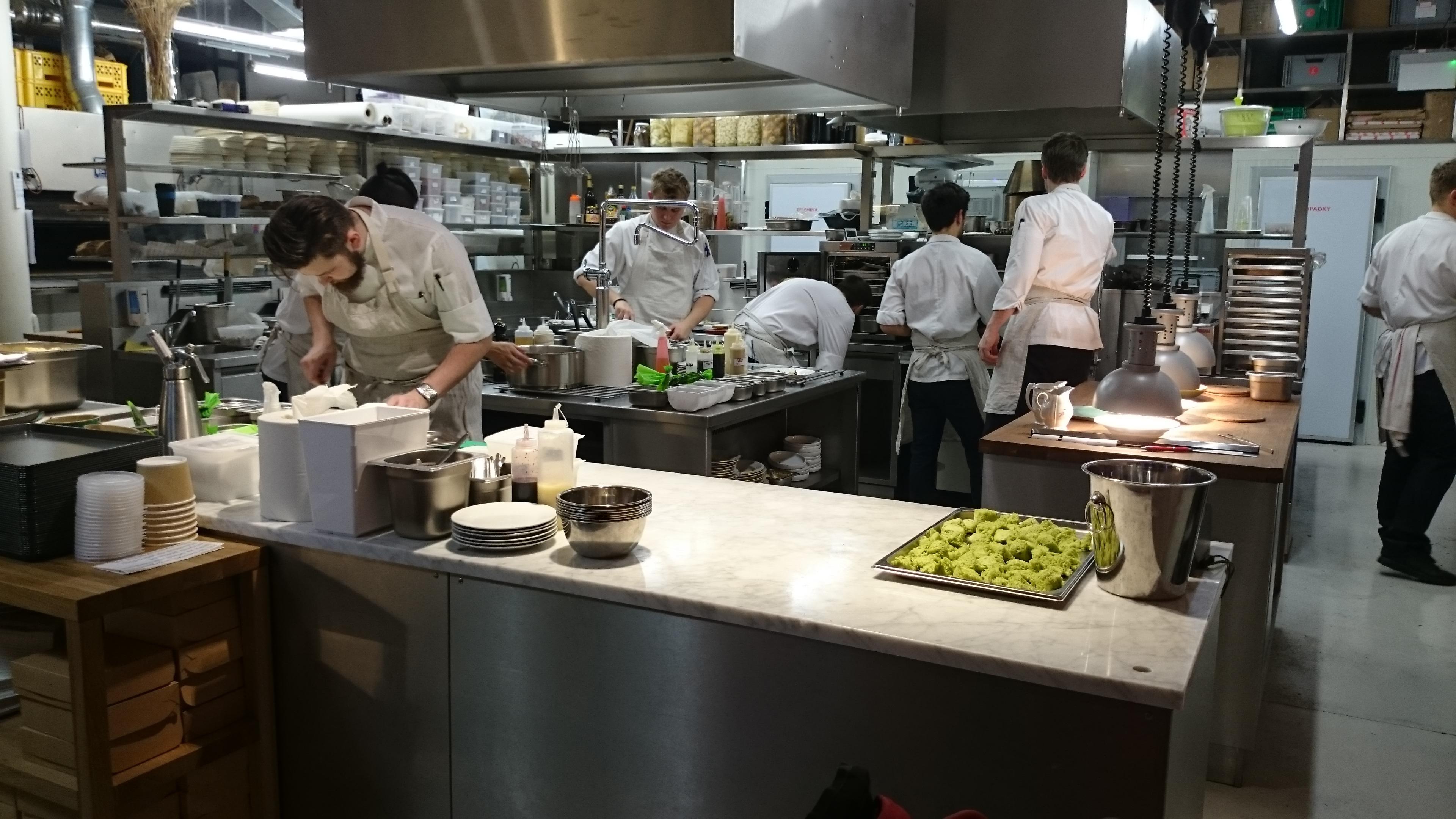 Restoran Hidangan Makan Makanan Dapur Masakan Toko Roti Koki Merasakan