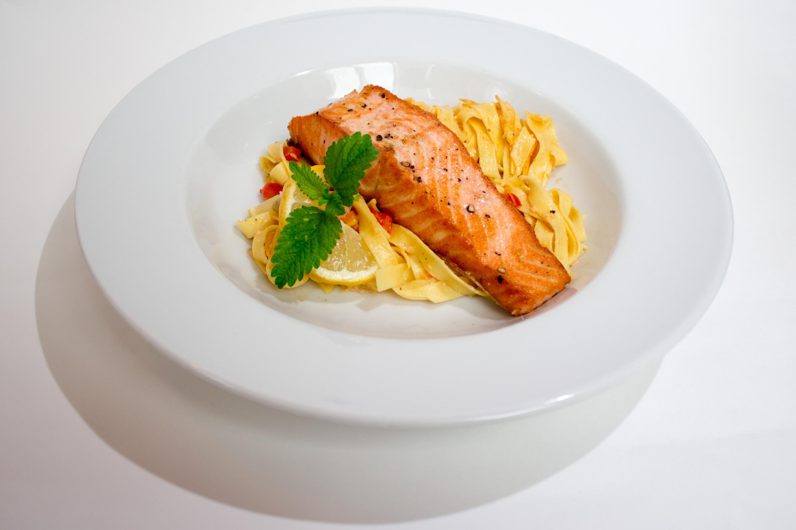 Images gratuites restaurant plat repas aliments for Assiette cuisine