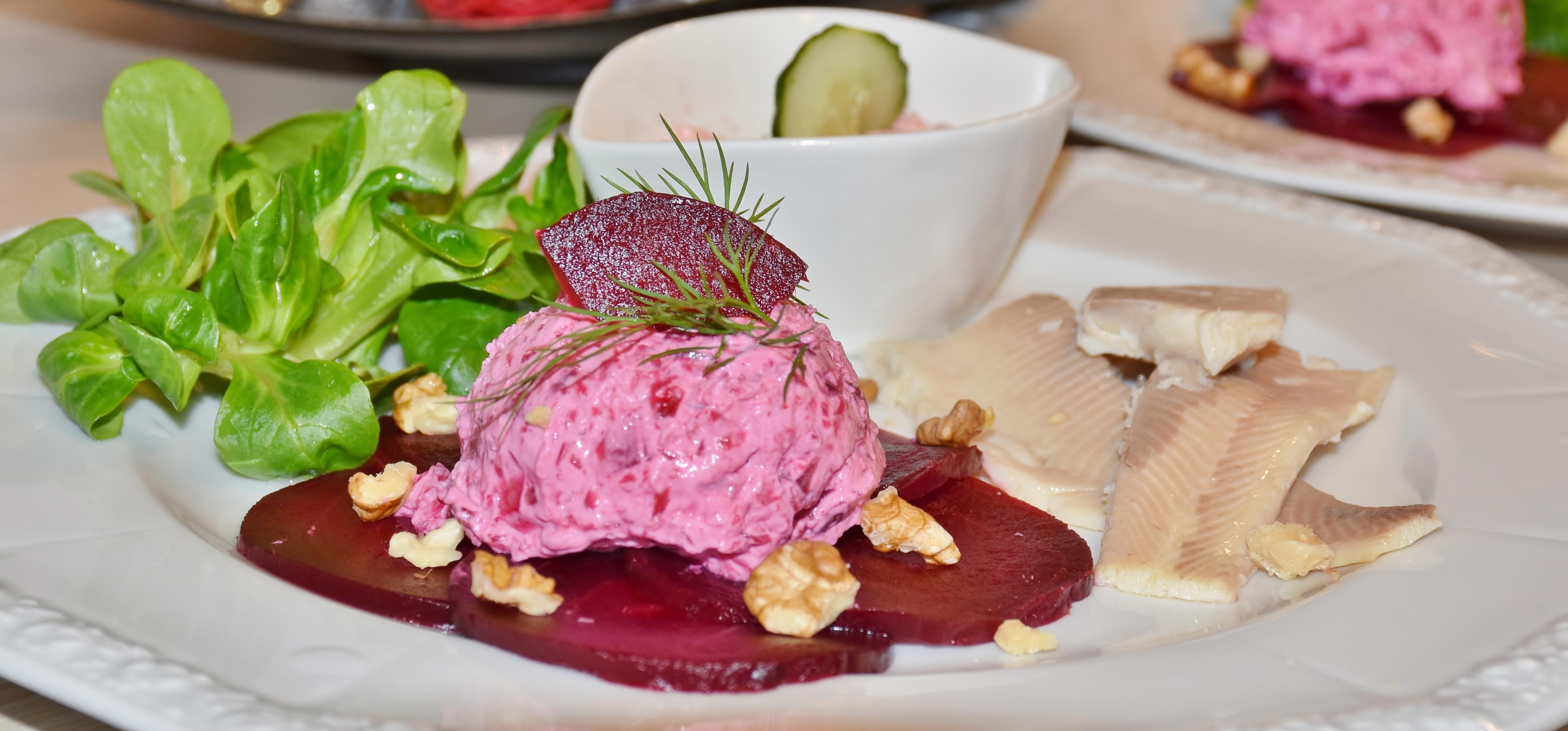 Kostenlose foto : Restaurant, Gericht, Mahlzeit, Lebensmittel, Salat ...