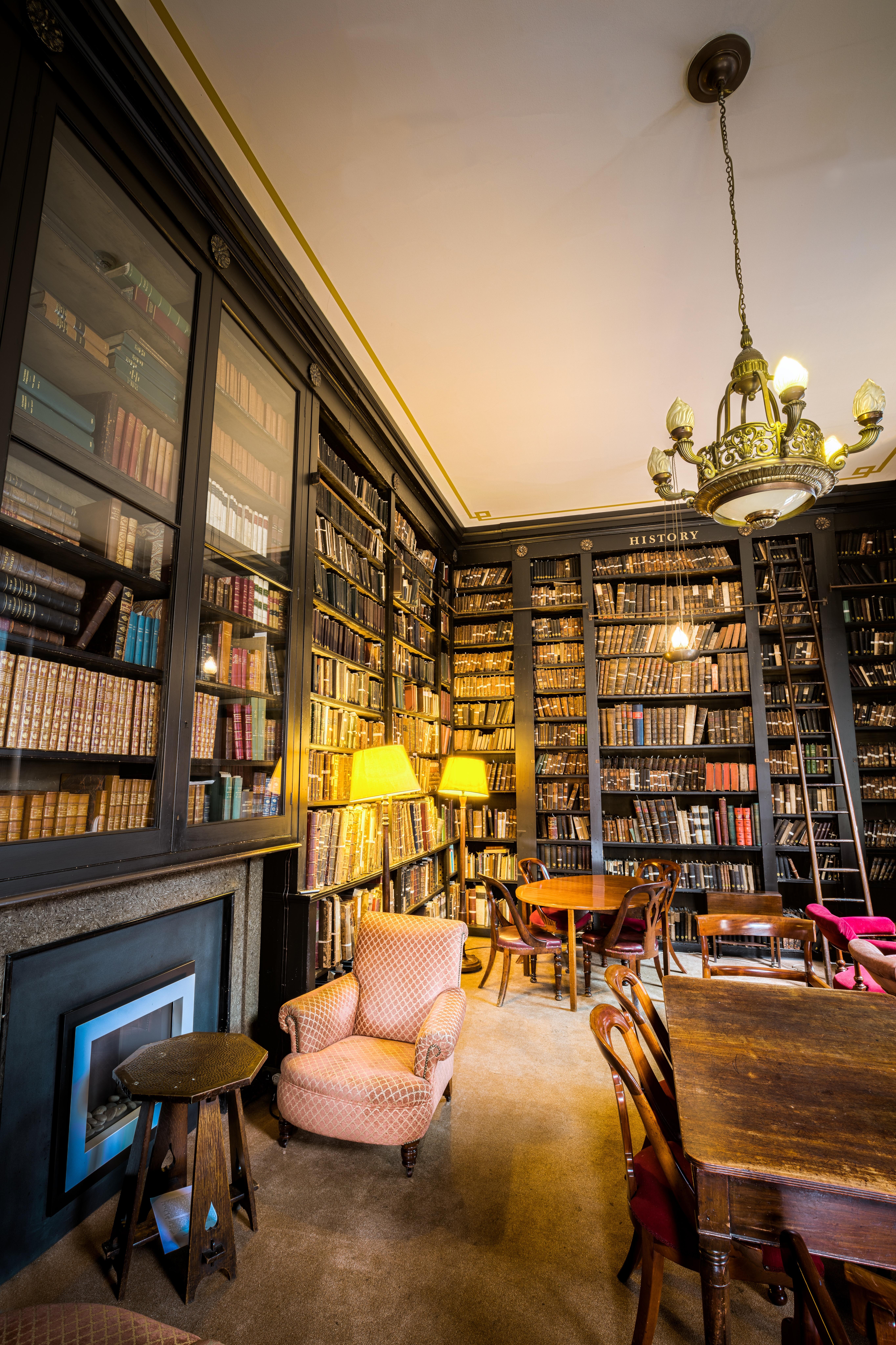 Restaurant Zuhause Bar Wohnzimmer Zimmer Innenarchitektur Bibliothek  Entwurf Verkauf Fensterverkleidung