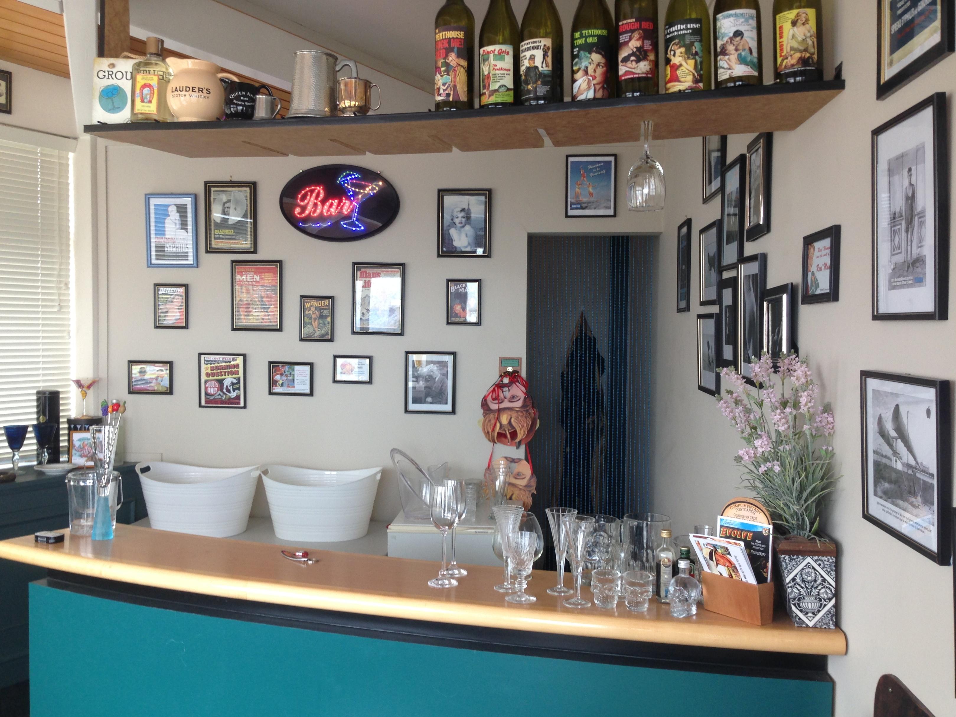 Bar intrieur maison meuble bar separation cuisine americaine luxe bar separation cuisine - Bar interieur maison ...