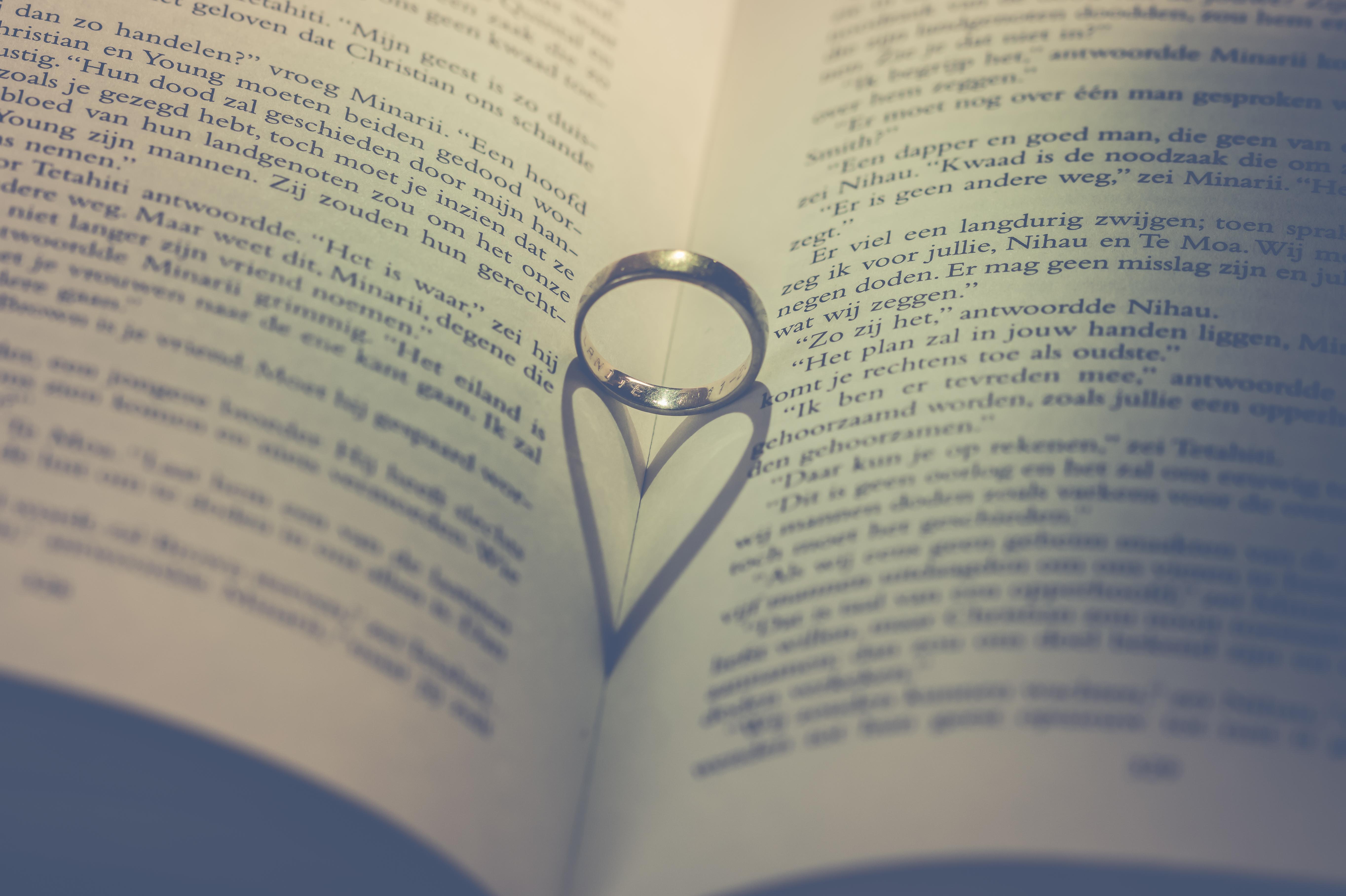 Gratis Afbeeldingen Ring Huwelijk Liefde Hart Boek