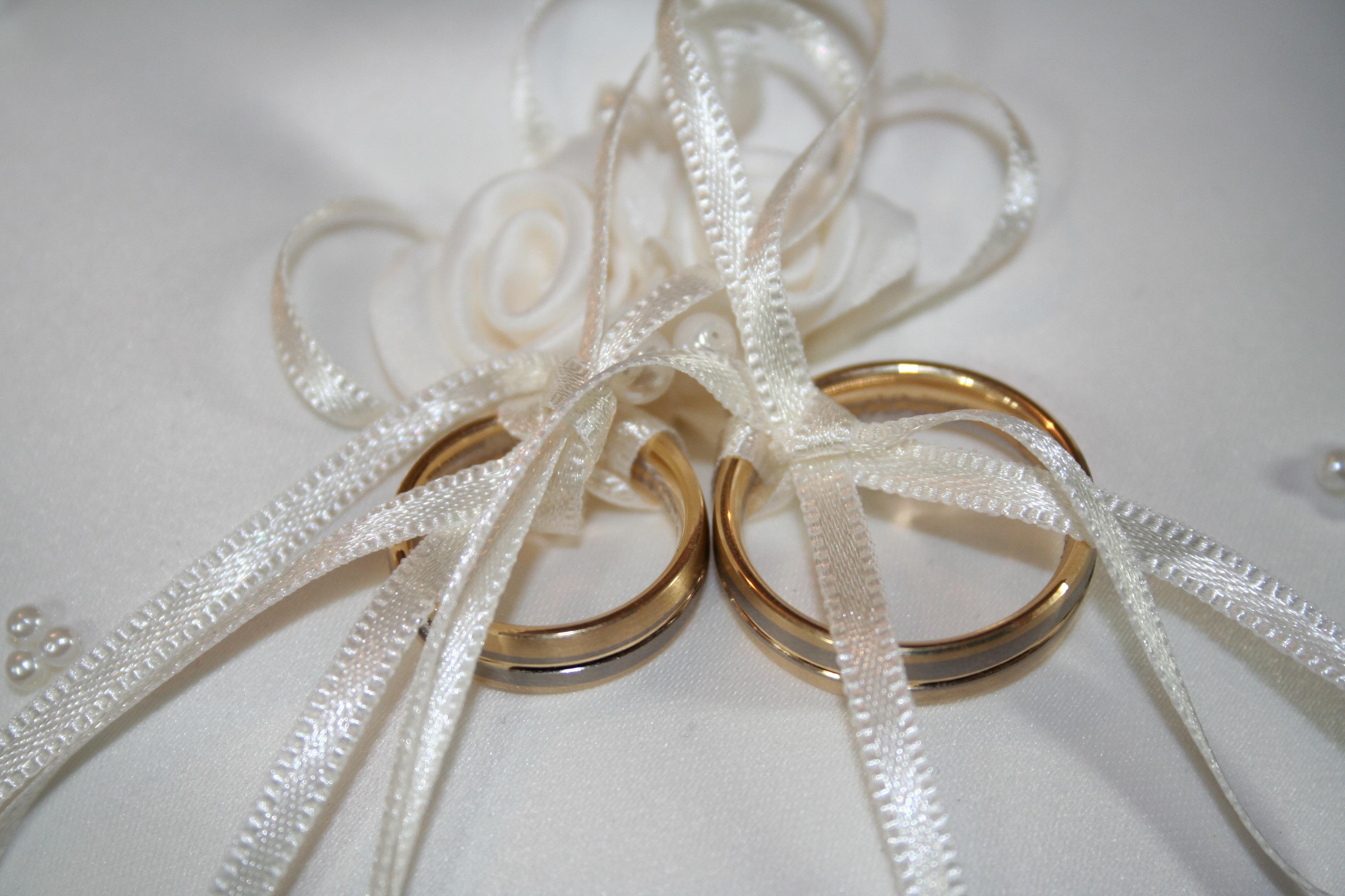 attractive wedding pillow hessian rustic original vintage ring rings cushion