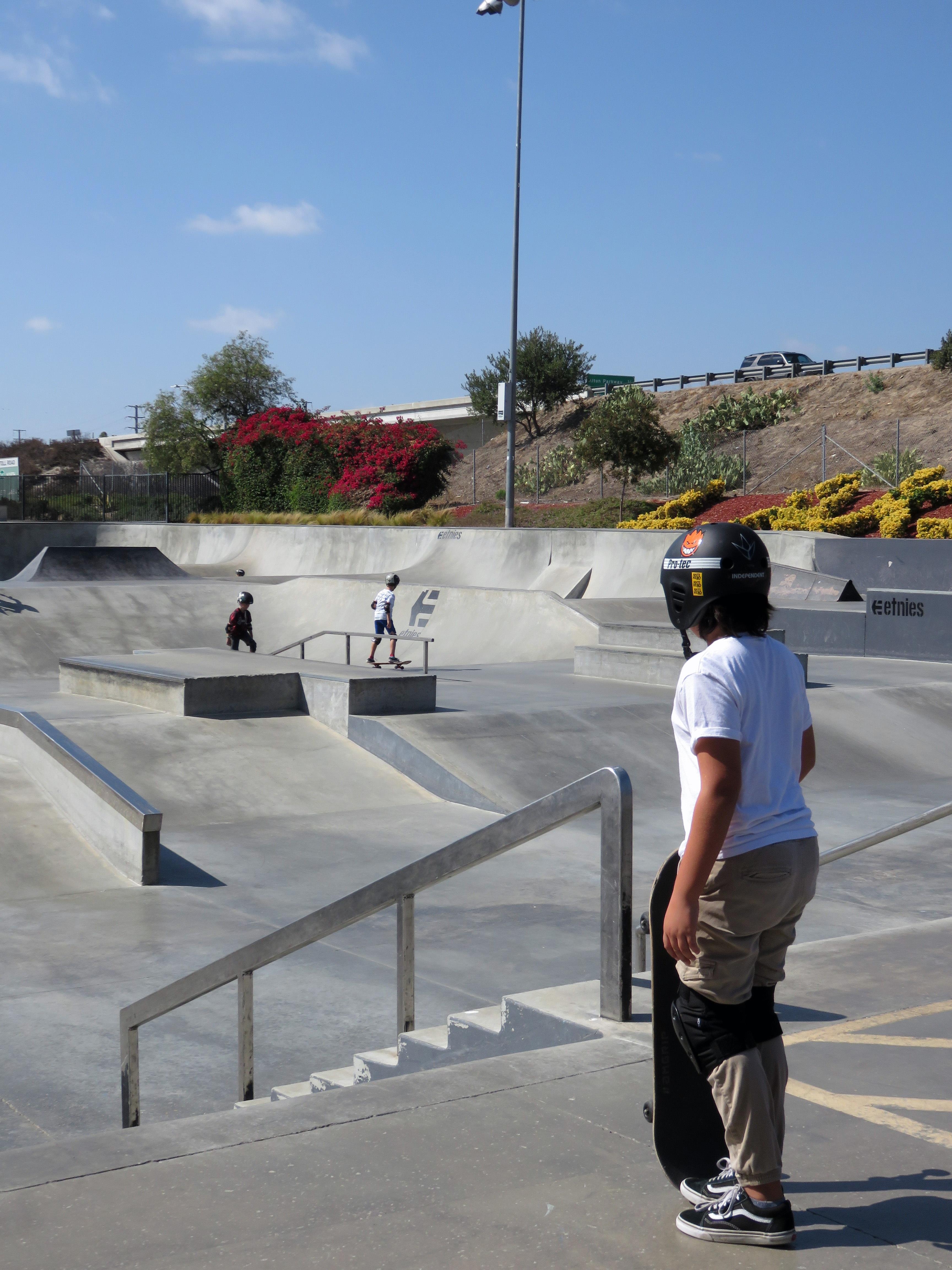 fotos gratis la carretera patineta skateboarding parque extremo hormig n skater parque. Black Bedroom Furniture Sets. Home Design Ideas