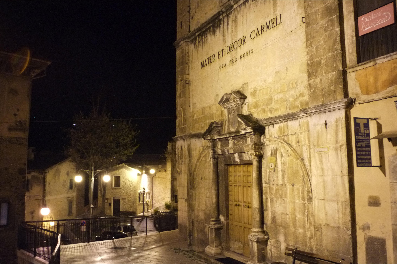 Fotos Gratis La Carretera Calle Noche Pueblo Callejón