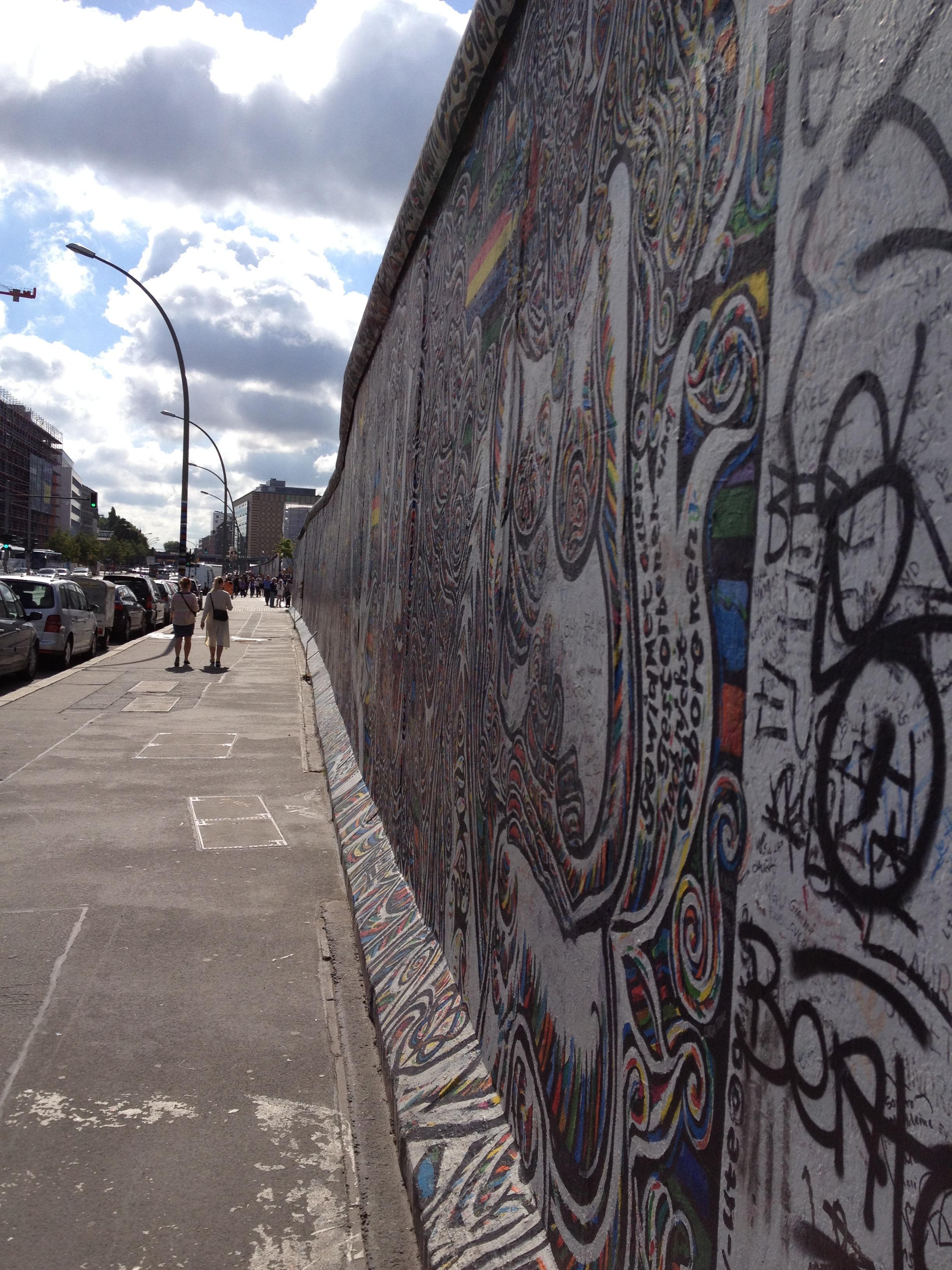 Grafiti wall berlin - Road Street Wall Europe Historic Graffiti Lane Painting Street Art Art Infrastructure Signs Mural Germany Berlin