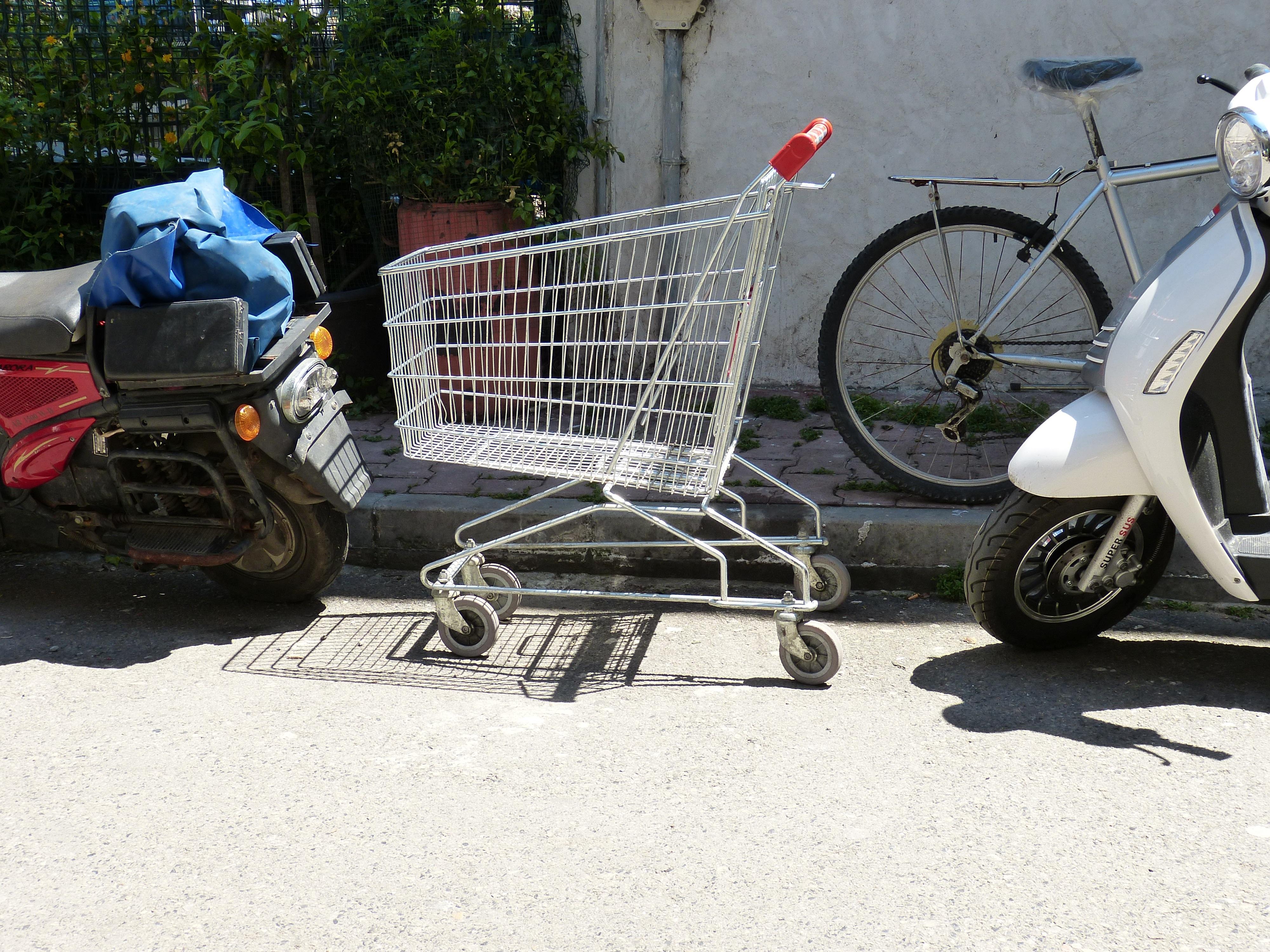 Kostenlose foto  Strae der Verkehr Rad Fahrrad Parken Park
