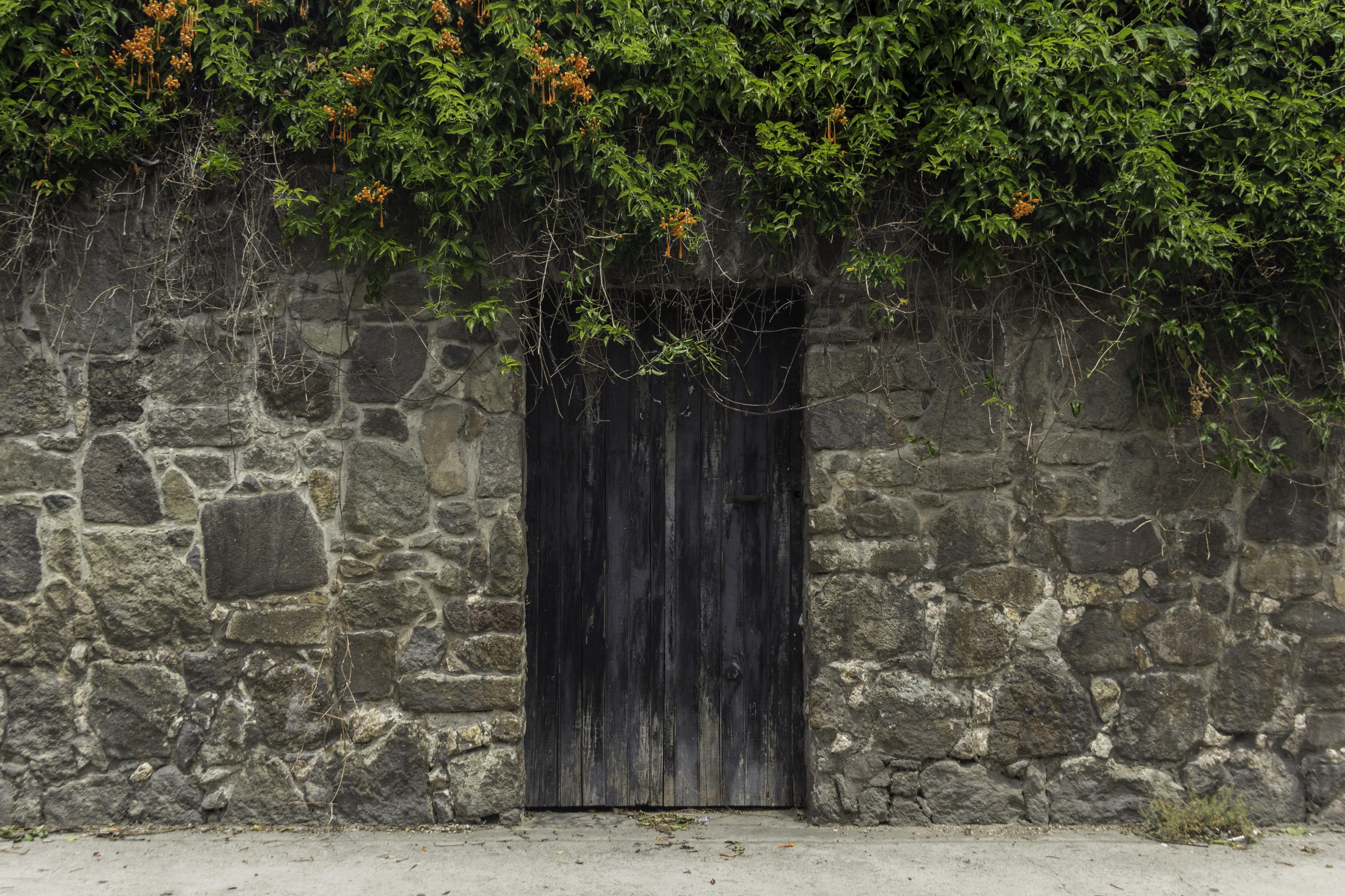 Free images rock architecture wood wall stone - Puertas de madera antiguas ...