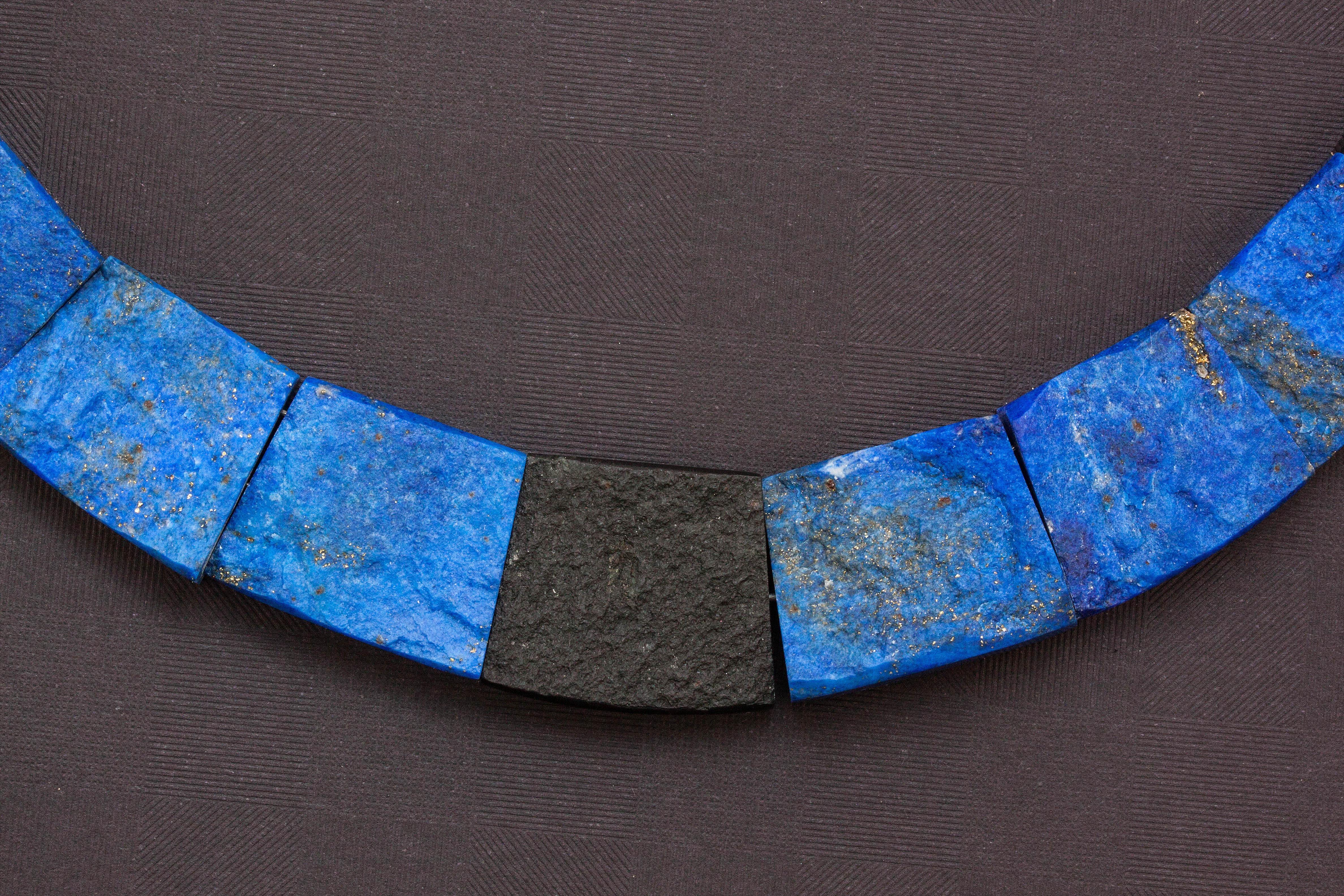 Fotos gratis : rock, cadena, patrón, azul, ropa, collar, joyería ...