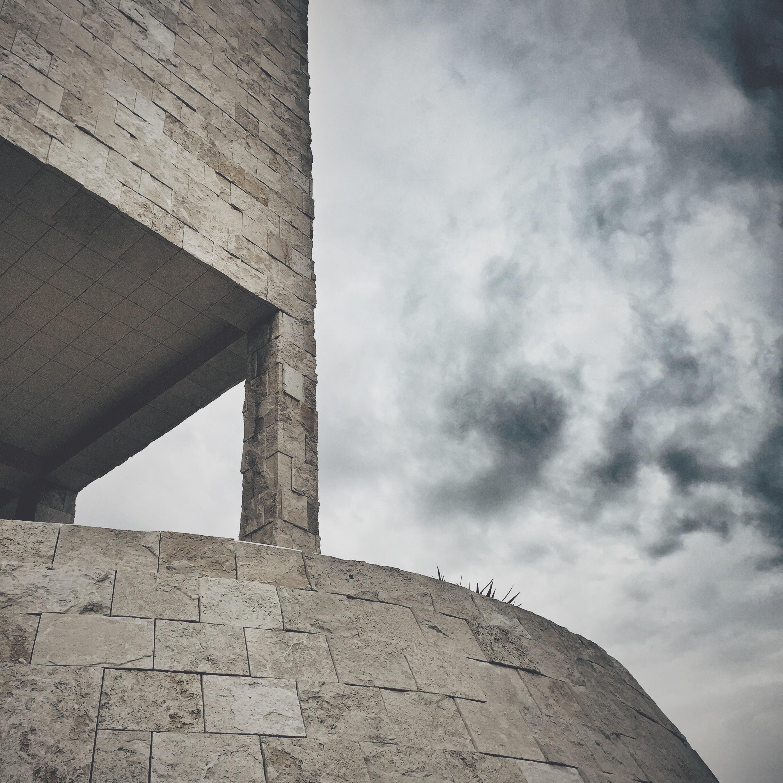 Hình Ảnh : Đá, Đám Mây, Kiến Trúc, Bầu Trời, Tường, Tượng Đài, Vật Chất,  Ngôi Đền, Tàn Tích, Đá Khối, Lịch Sử Cổ Đại 2448x2448