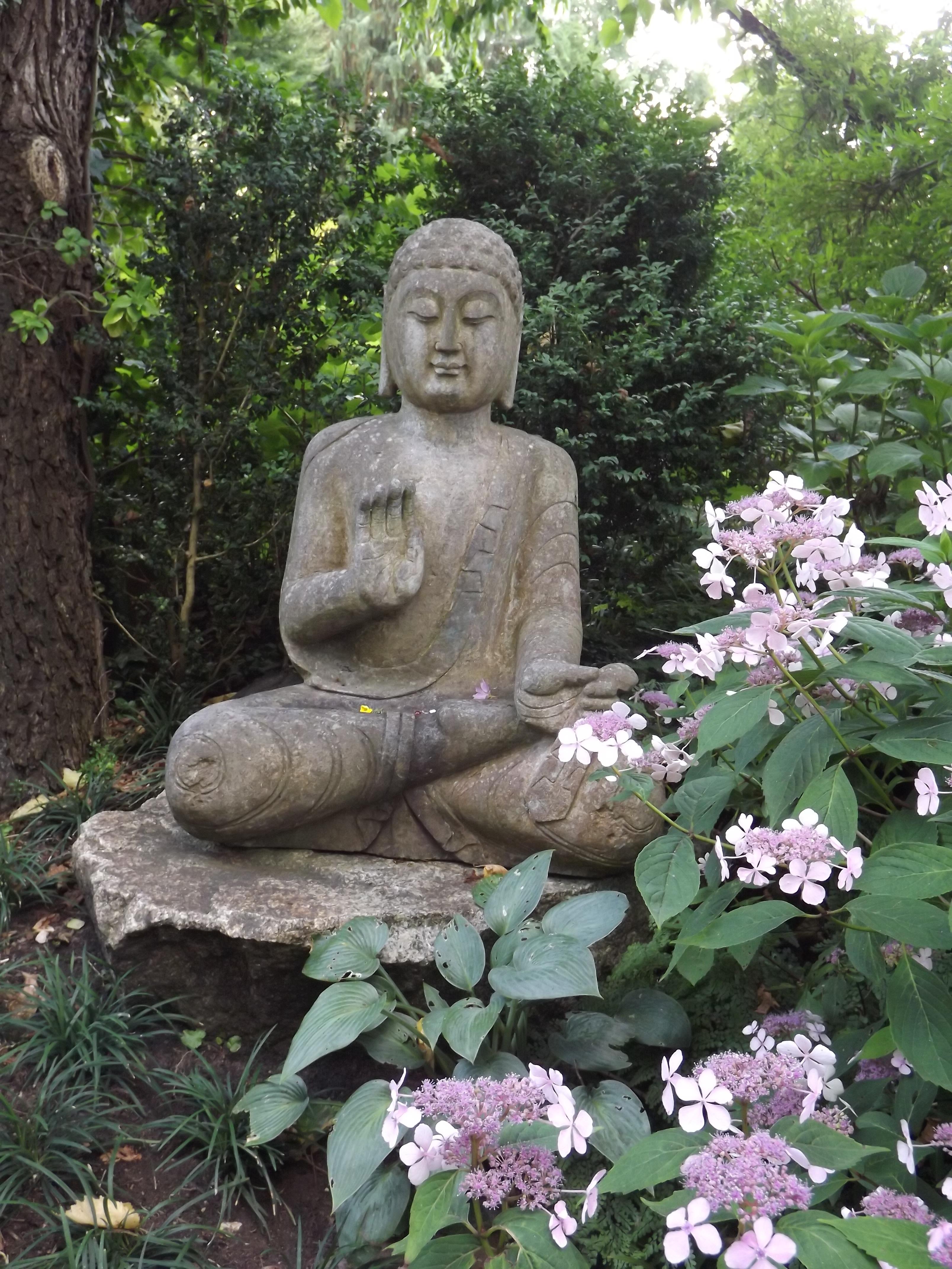 ... Botany, Rest, Zen, Spiritual, Grave, Sculpture, Art, Relaxation,  Figure, Buddha, Harmony, Artfully, Gartendeko, Garden Design, Feng Shui,  Fern Stlich, ...