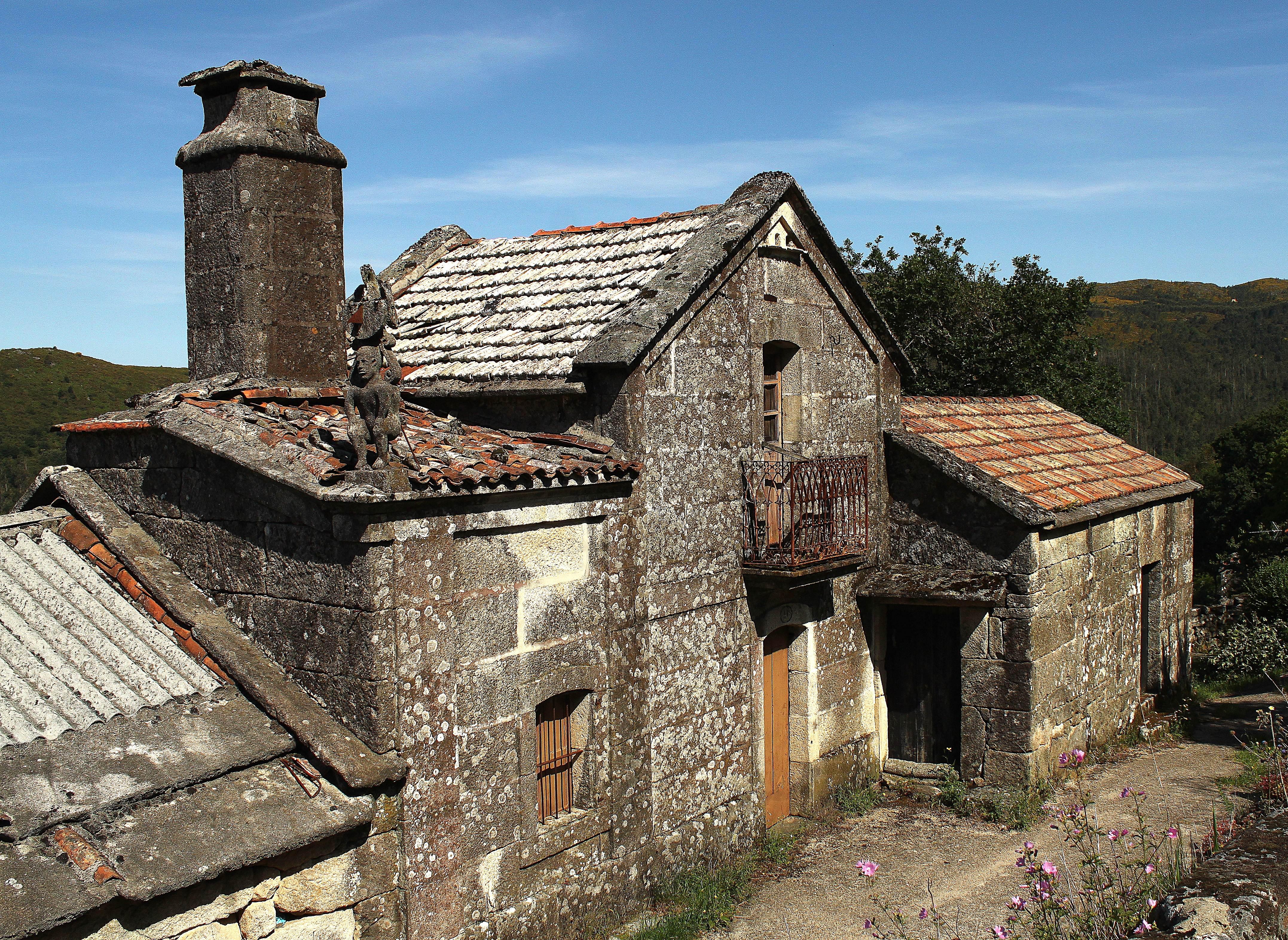 Fotos gratis rock casa edificio pueblo caba a - Casas gratis en pueblos de espana ...