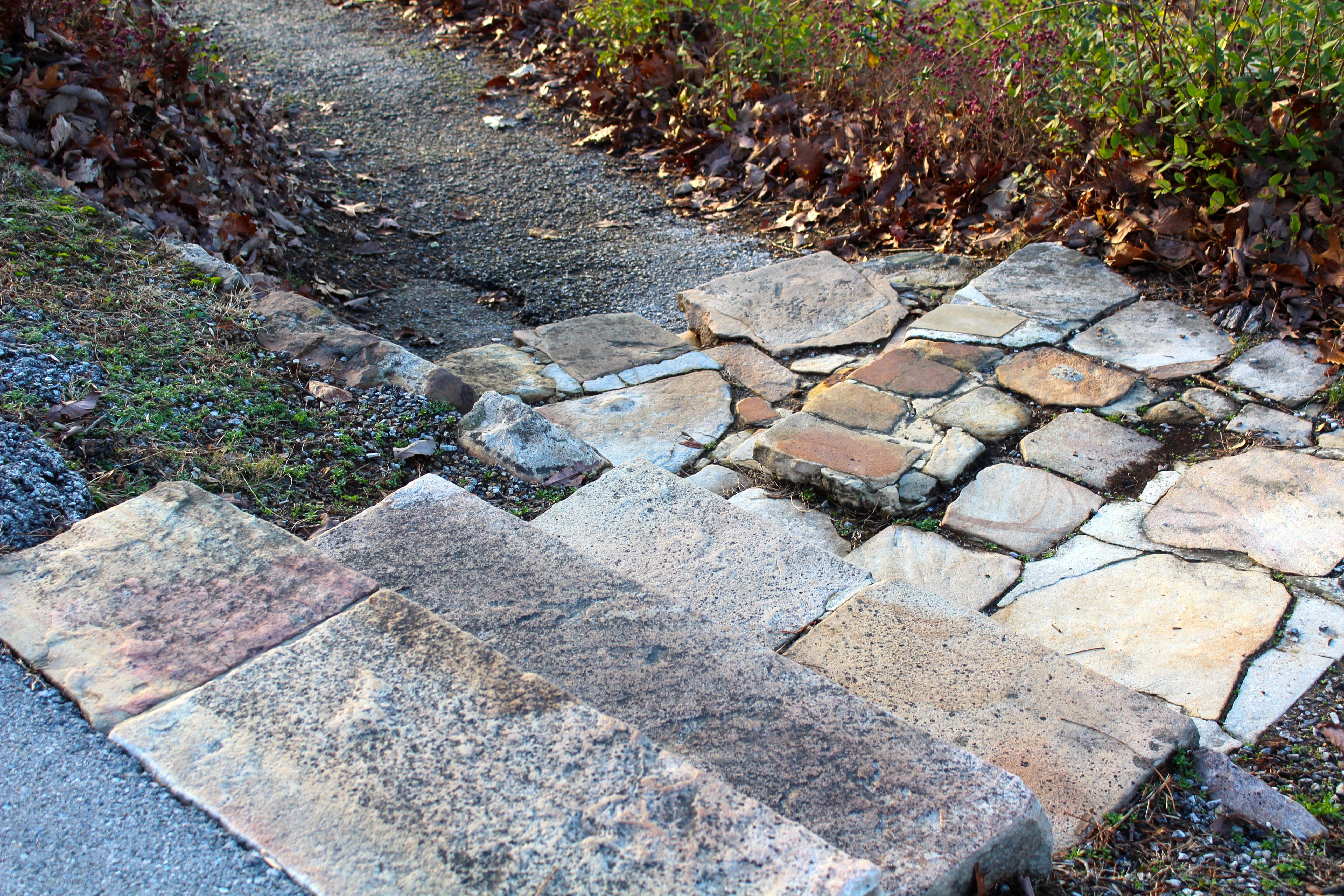 Cour Gravier à images gratuites : roche, pelouse, trottoir, pavé, asphalte