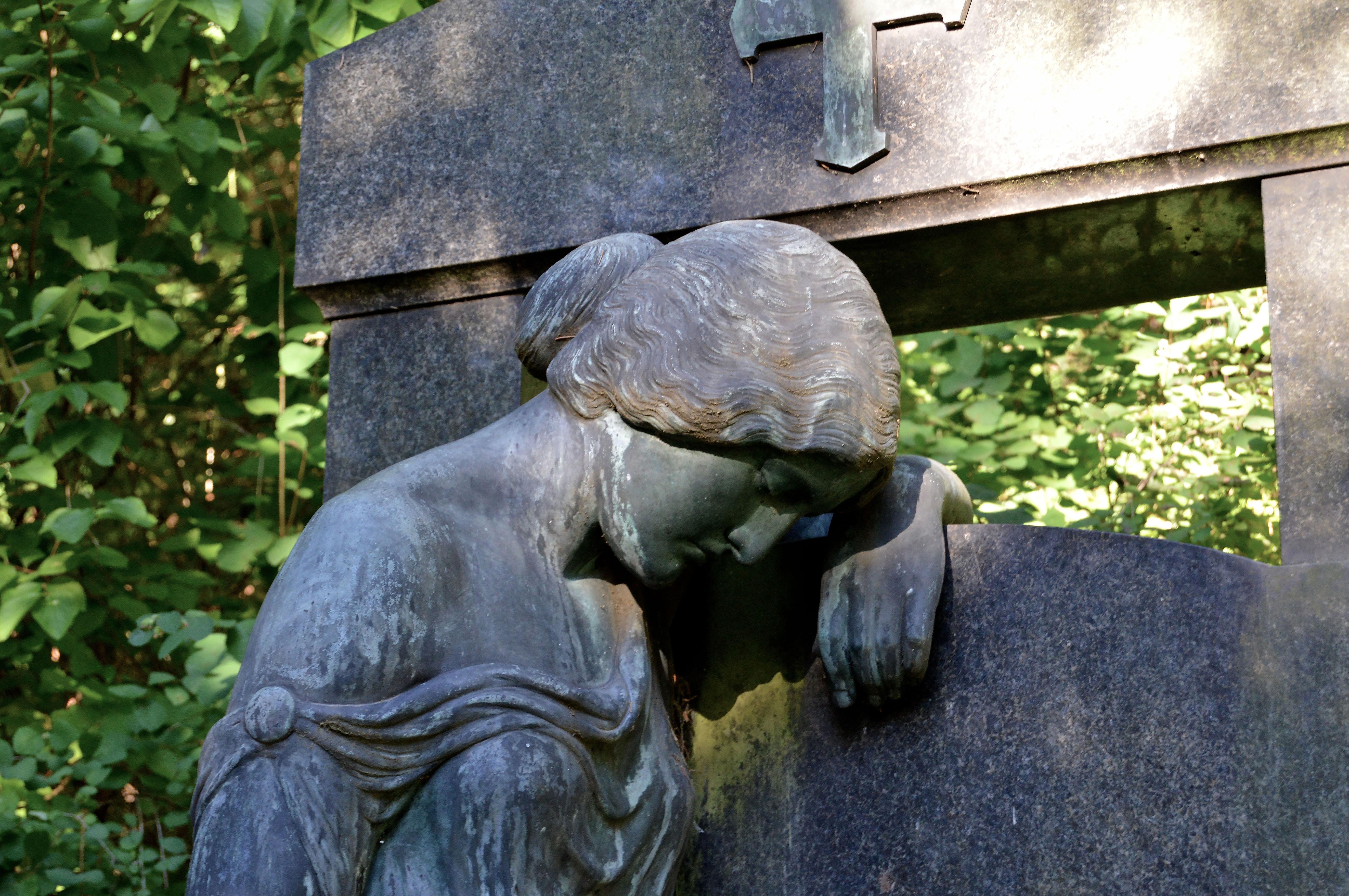 Free Images Rock Monument Statue Ceramic Decay Cemetery Fig - Ceramic memorial photos